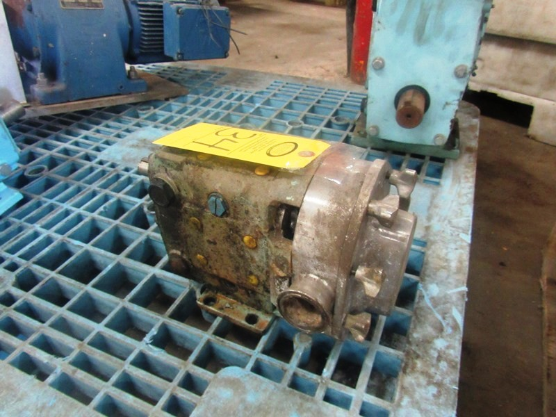 "Lot 34 - Positive Displacement Pump, 1 1/2"" inlet/outlet"