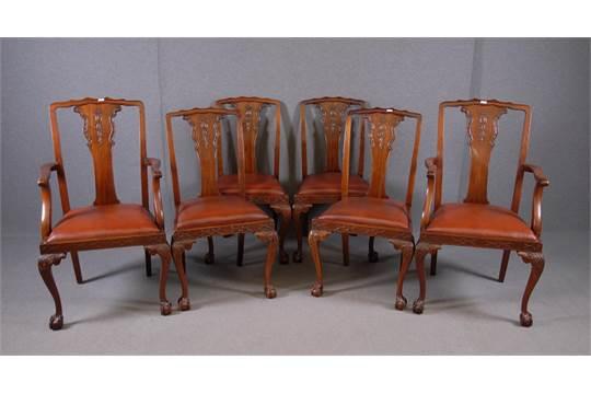 Sedie Stile Chippendale : Quattro sedie e due poltroncine in mogano. stile chippendale