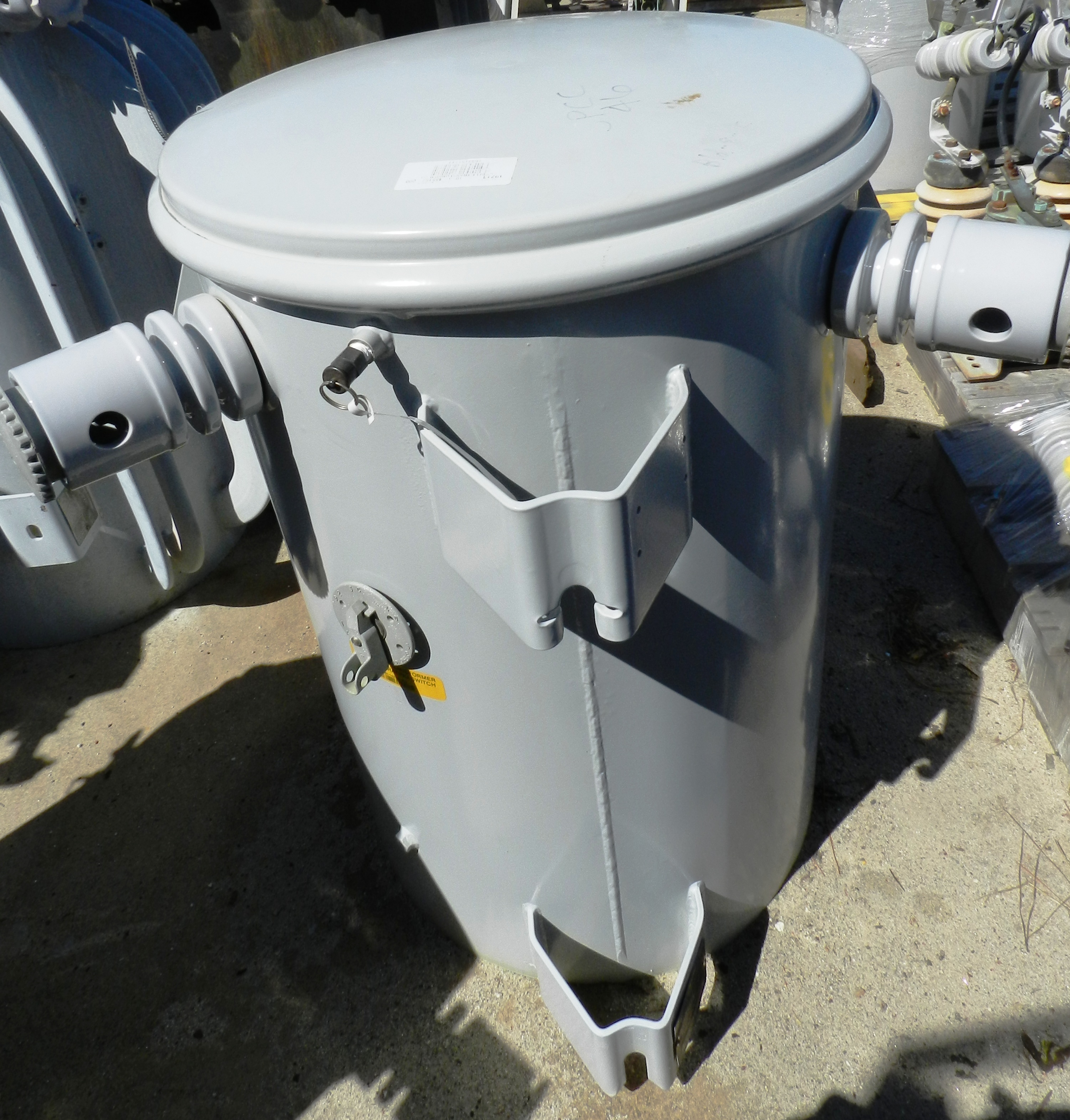 Lot 65 - Sunbelt 75 KVA Pole Mount Transformer 1 PH 2400 Volt