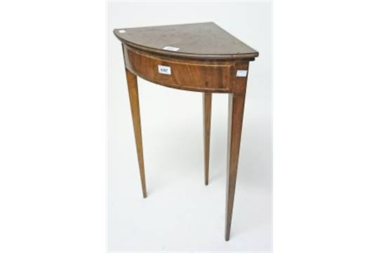 Merveilleux AN INLAID MAHOGANY CORNER OCCASIONAL TABLE, 19th Century, With Hinged Top  (now Detached), Inscrib