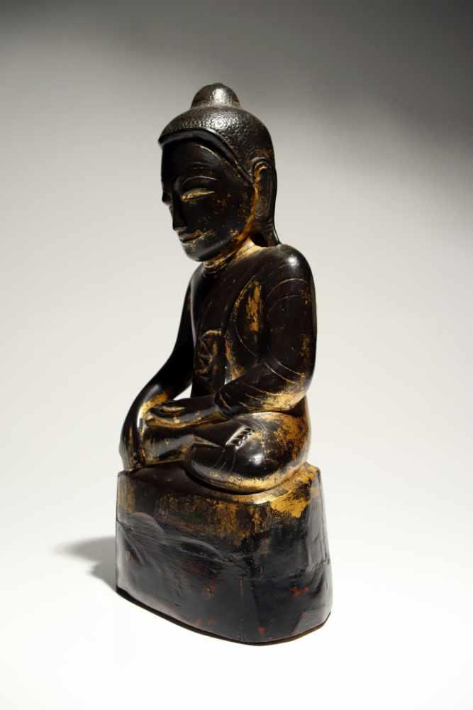 Lot 9 - Sitting BuddhaWood carved rest gildetBurma18th ctH: 36 cmSitting Buddha with bhumisparsa mudra,