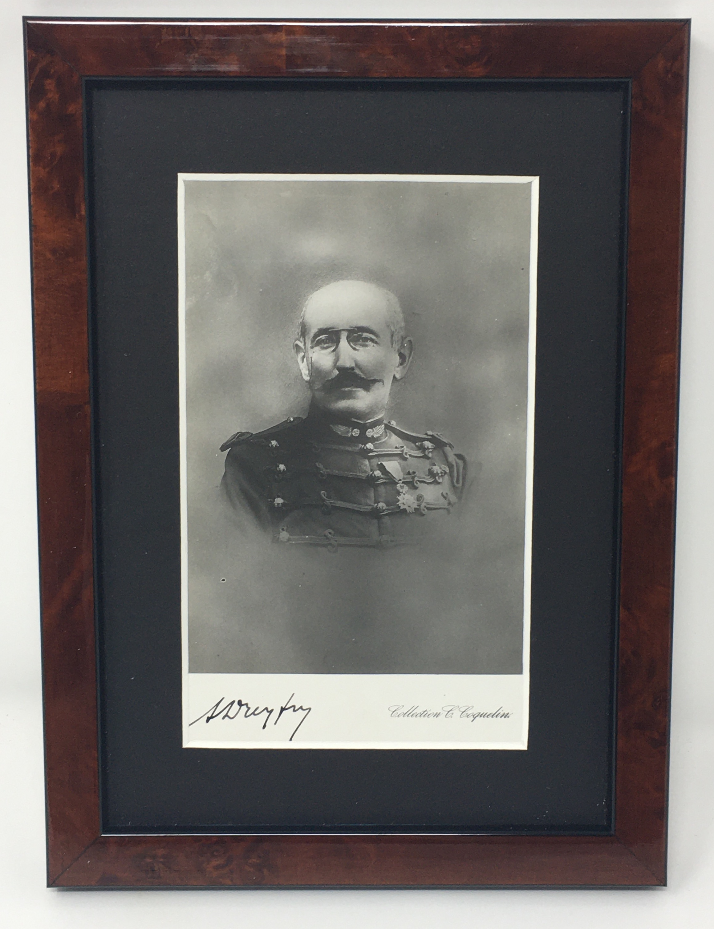 J'Accuse Newspaper, Emile Zola Quote, Signed Dreyfus Portrait, Rare Trial Drawings & Schwartzkoppen - Image 8 of 74