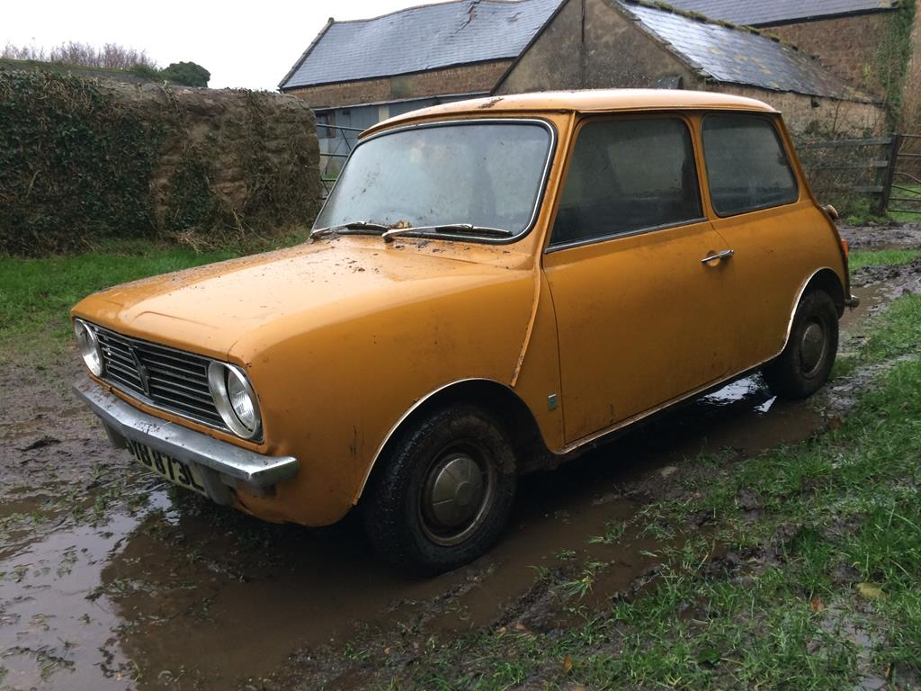 extra lot a 1973 austin mini clubman registration number syb 873l yellow this barn find mini. Black Bedroom Furniture Sets. Home Design Ideas