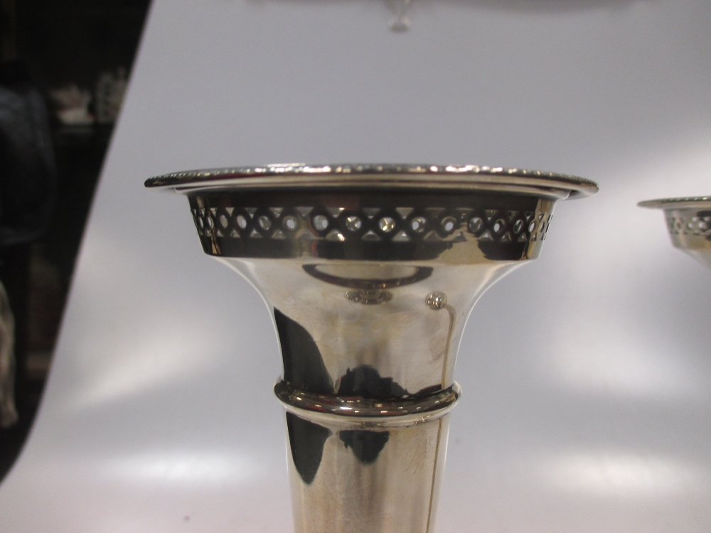 A pair of silver trumpet vases with cupped necks and pierced rims - Image 3 of 3