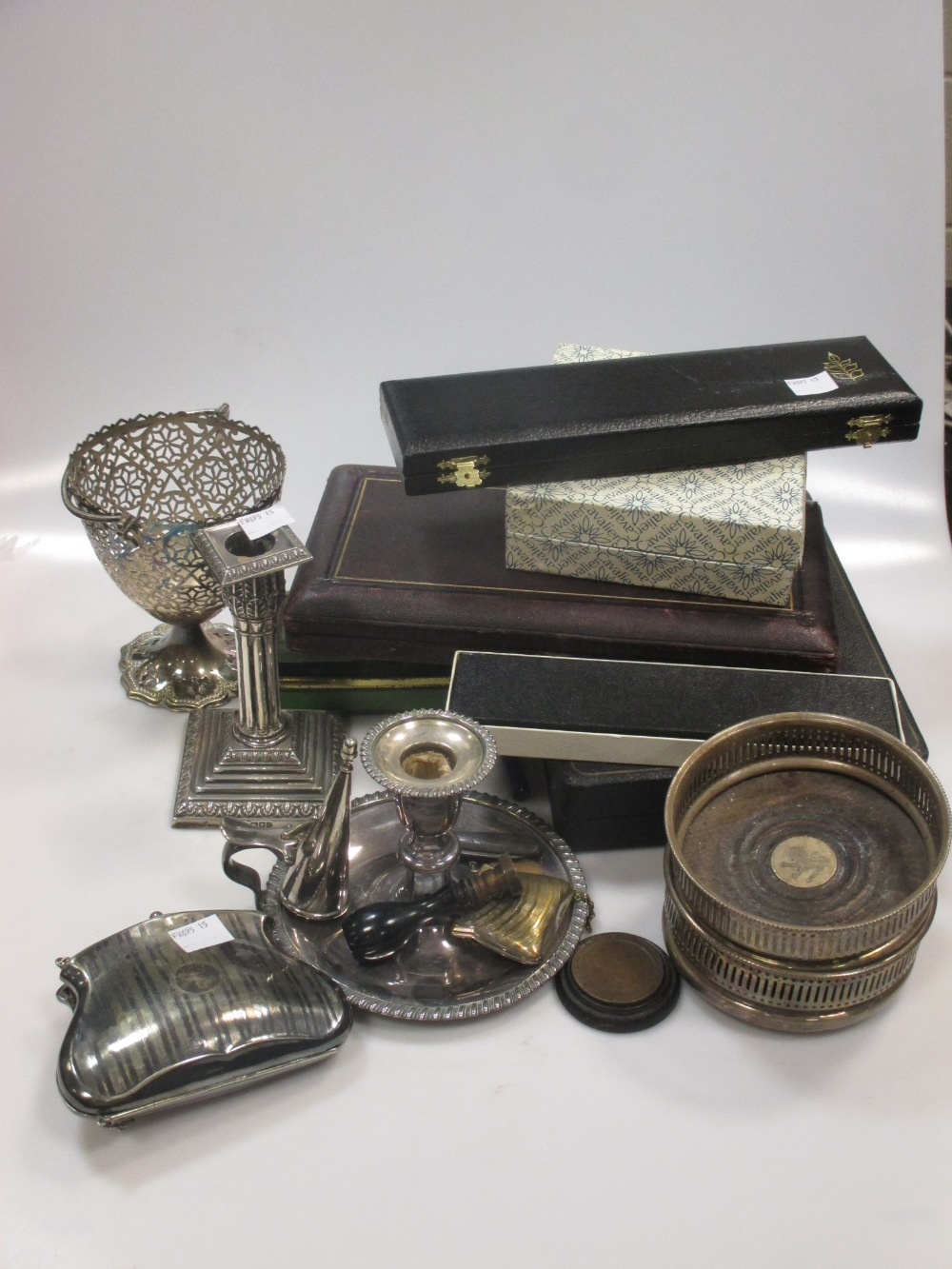 A silver dwarf candlestick, cased teaspoons, pair plated bottle coasters, and various plated items - Image 2 of 4