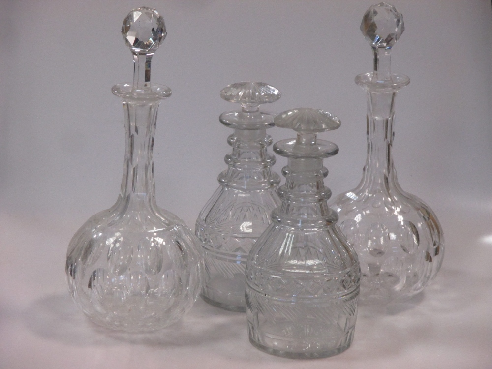 Lot 212 - Two pairs of cut glass decanters (chipped) (4)