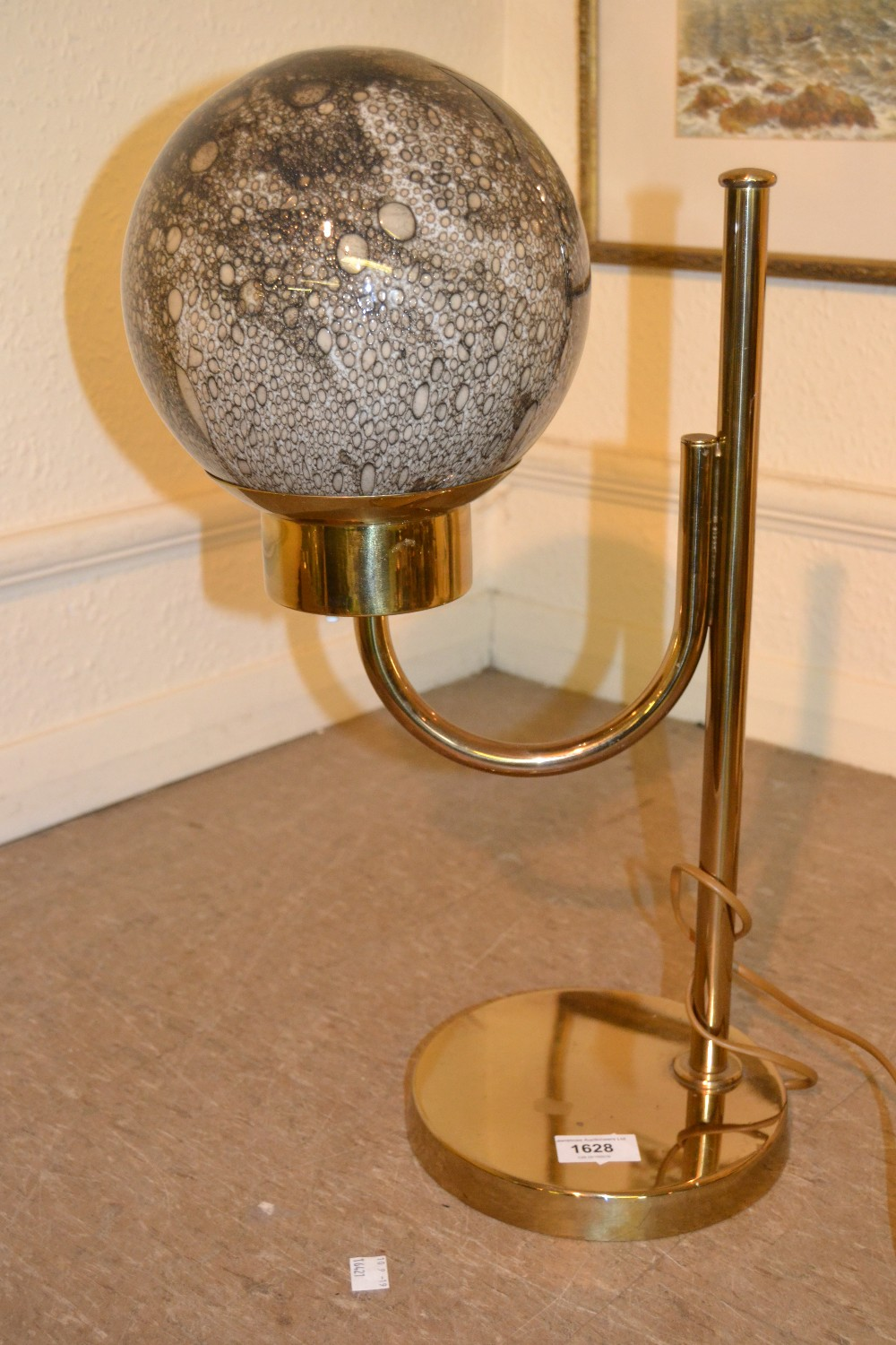 Lot 1628 - Swedish Bergboms model B-090 polished brass table lamp with bubble glass spherical shade