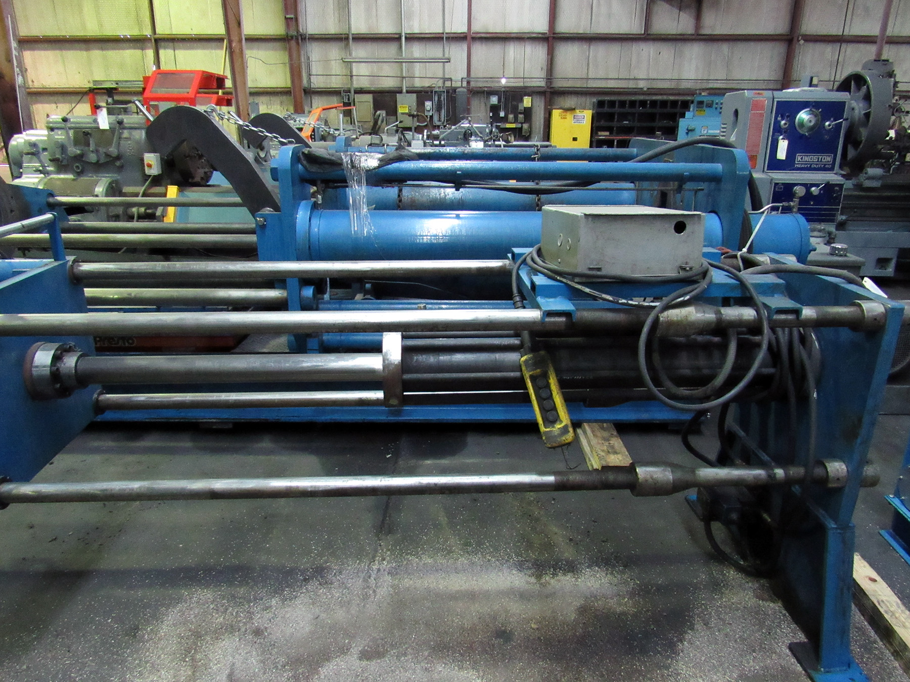 Lot 35 - PUSH/PULL SPRING COMPRESSION/FORCING PRESS, Vickers hyd. tank, 1,000 lb. hyd. lift table (LOCATION