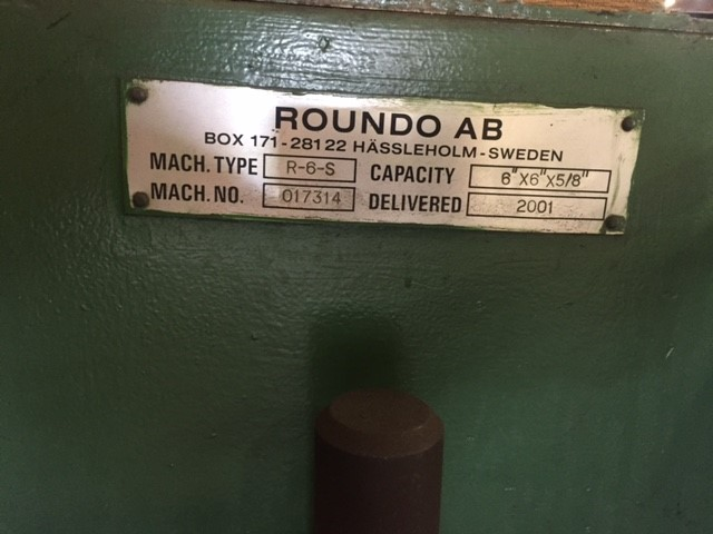 "Lot 2 - ROUNDO MDL. R-6-S ANGLE ROLL new 2001, Section Bending Machine, 6"" x 6"" x 5/8"" Capacity, 3 roll"