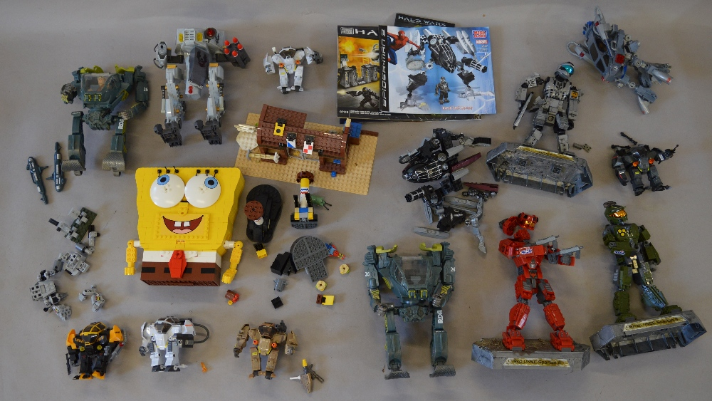 Selection Of Mega Bloks Halo Wars Items With Some Instructions