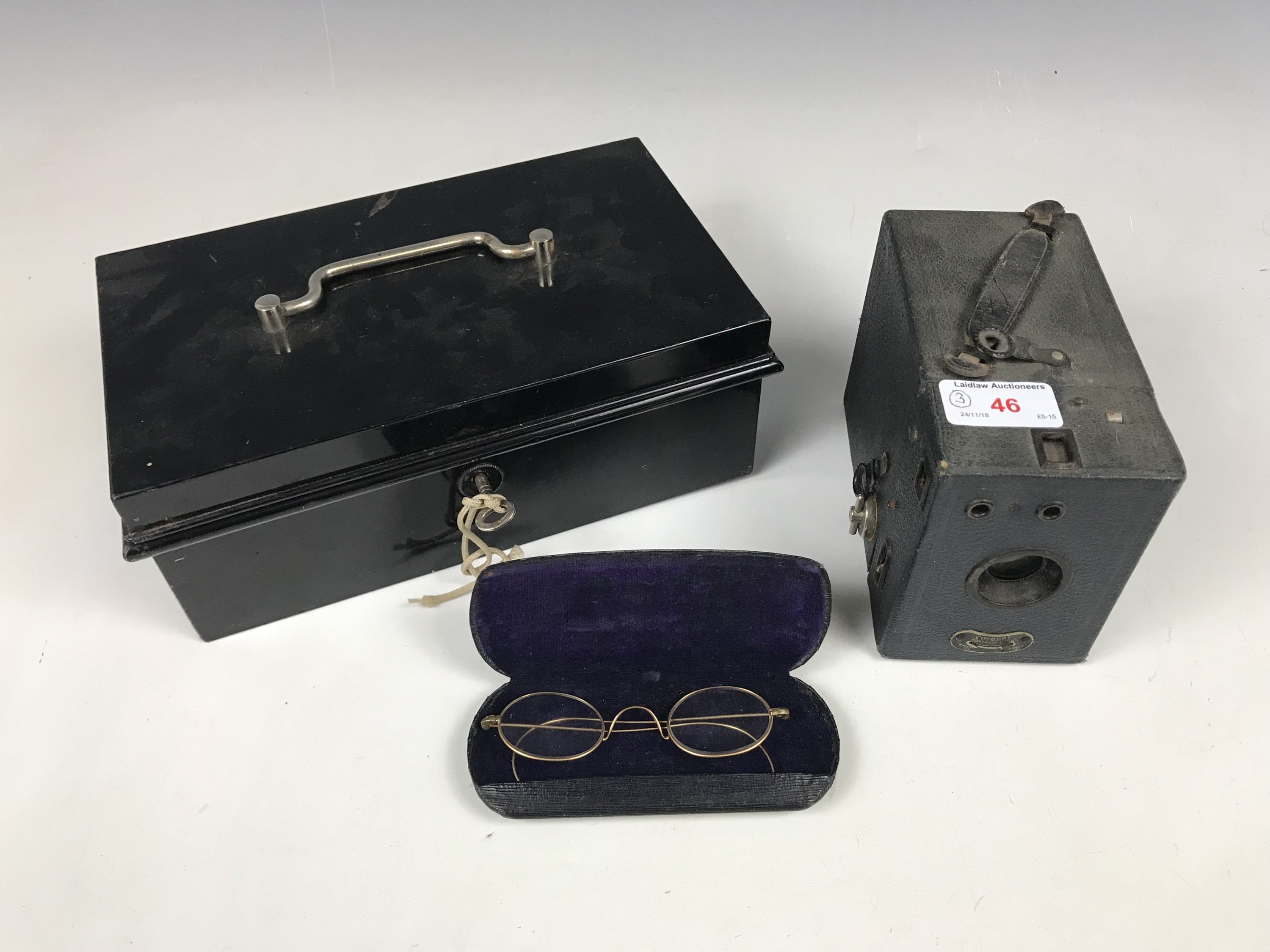 Lot 46 - Collectors' items including a Veteran Series metal cash tin together with pince-nez glasses and a