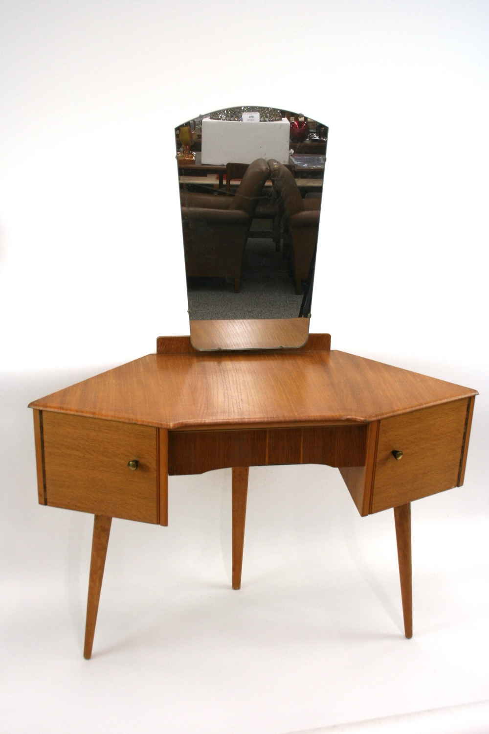A G Plan Style Light Oak Veneered Corner Dressing Table Fitted