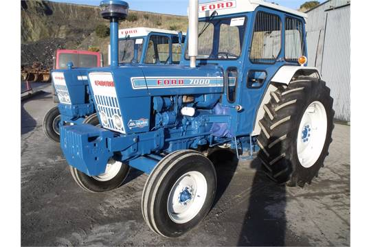 Ford 7000 Tractor : Ford cylinder diesel tractor serial no b