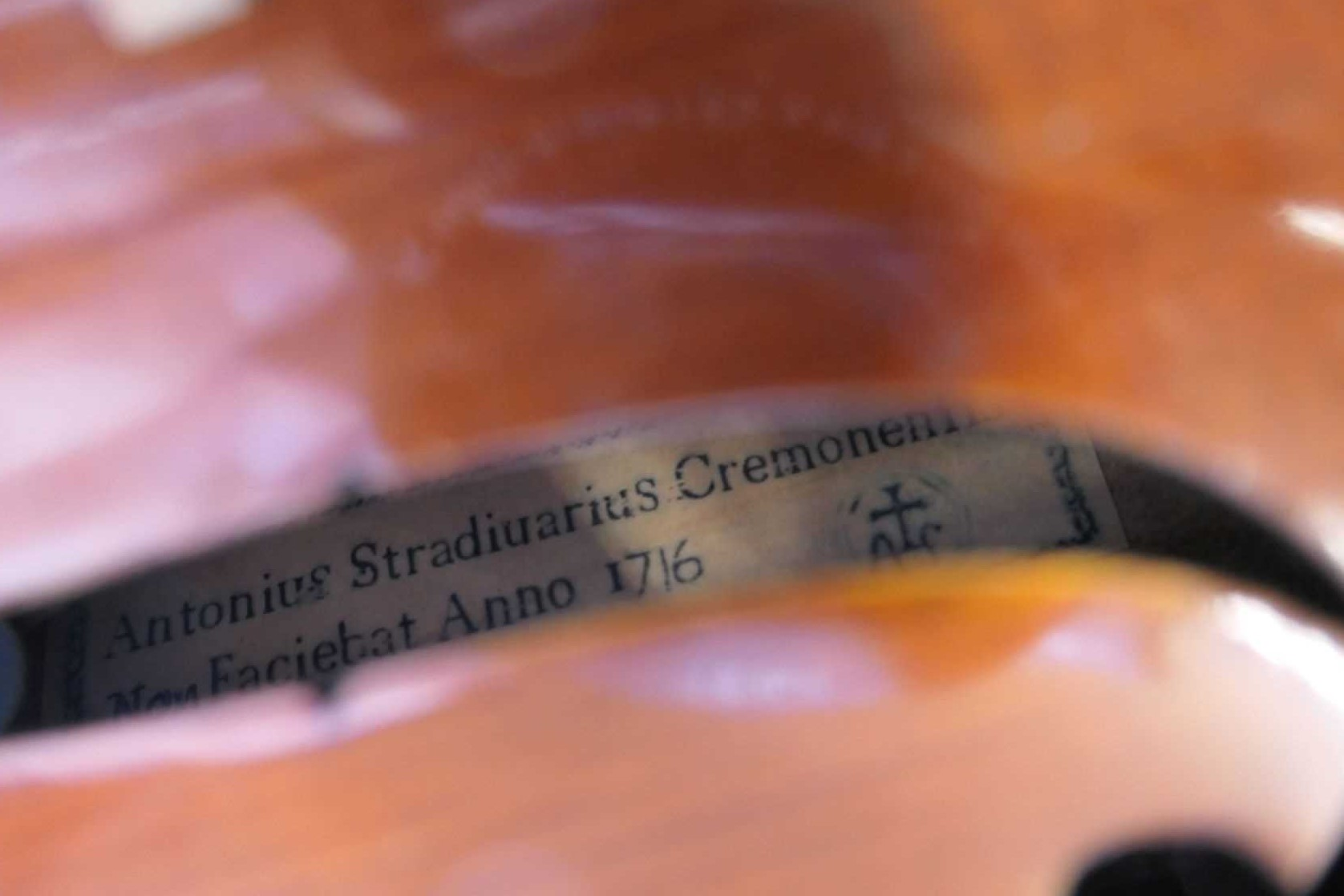 Lot 174 - A Violin with a printed paper label within 'Antonius Stradiuarius Cremonensis non Faciebat Anno