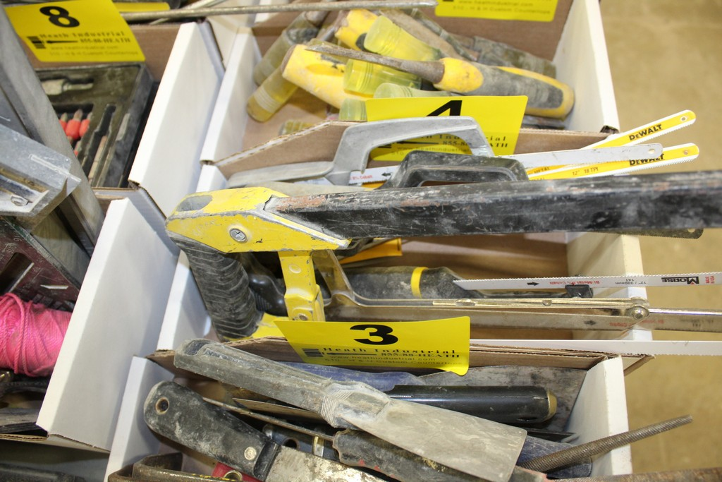 ASSORTED HACKSAWS IN BOX