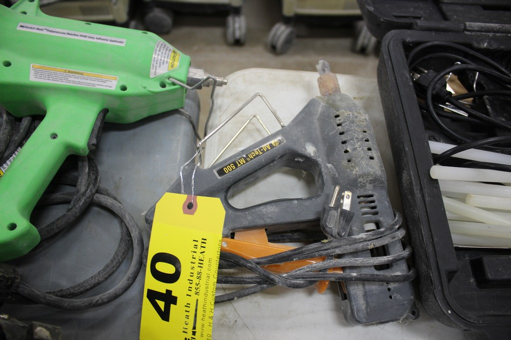 AD TECH MT 500 HOT GLUE GUN APPLICATOR - Image 2 of 2