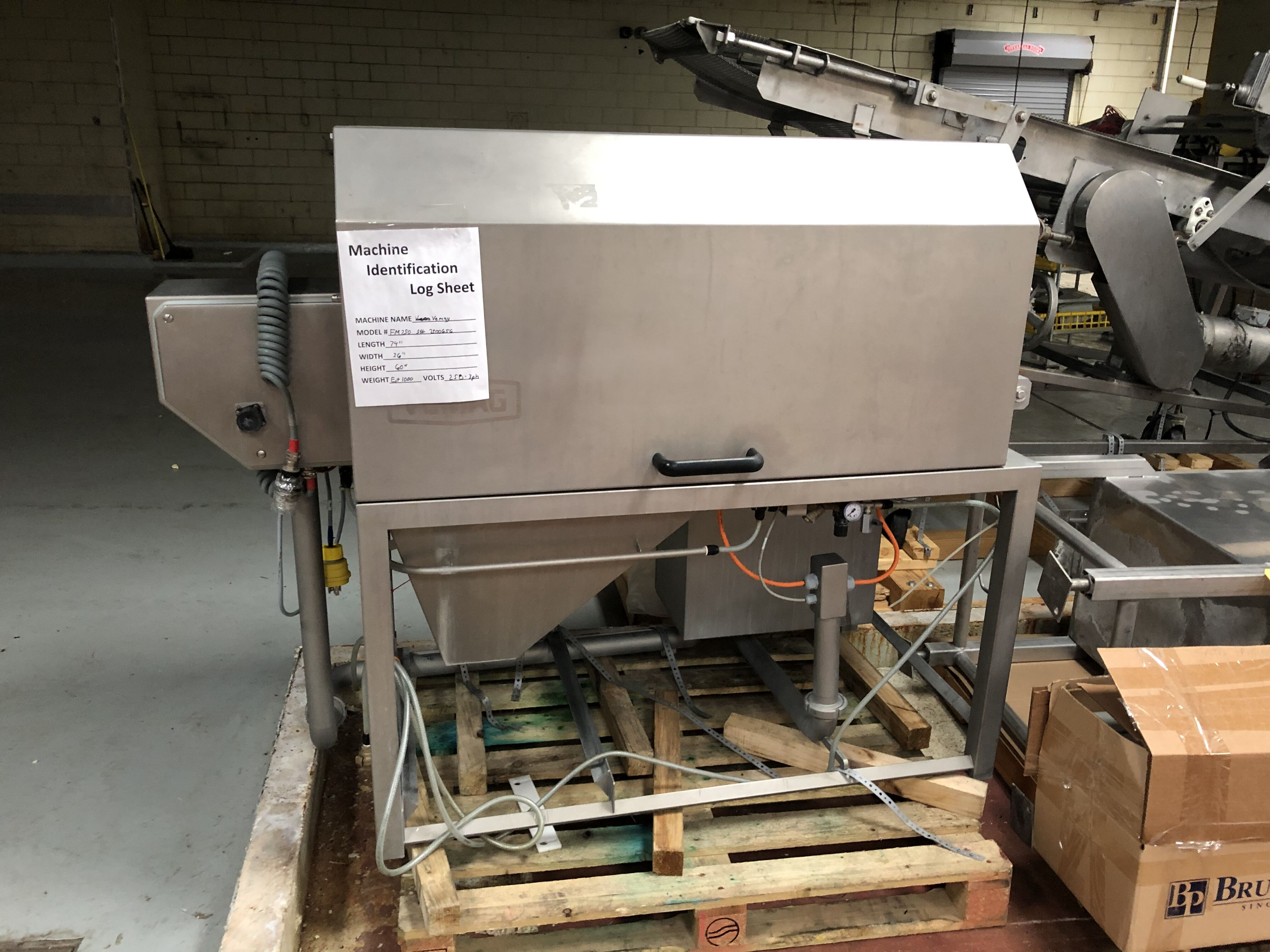Lot 282 - Vemag Weserstrasse 32 Forming Machine, Model #FM250, S/N #2500656, Year 2016, L = 74'', W = 36'',