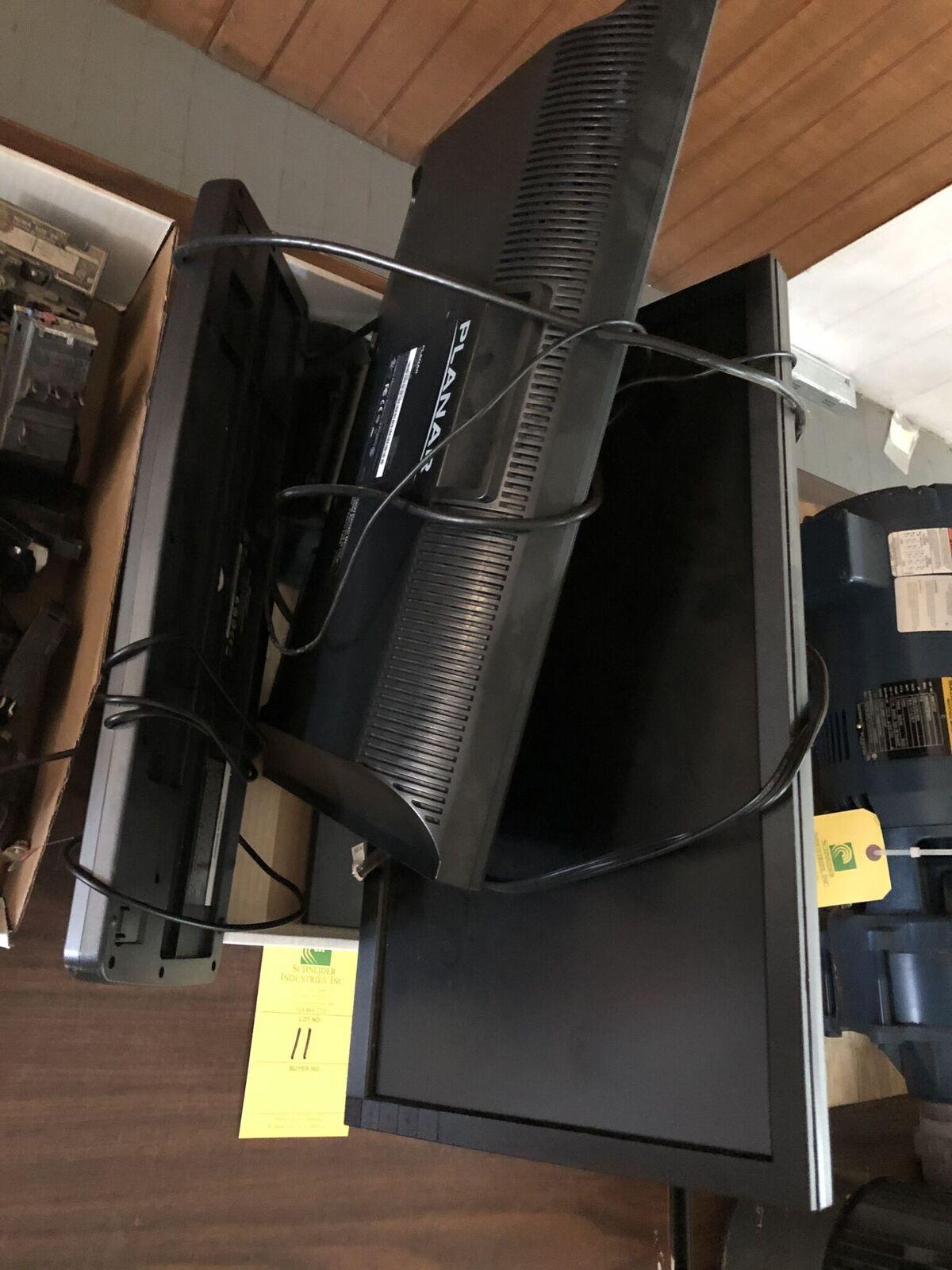 Lot 11 - (2) Monitors (Dell & Planar) & Keyboard