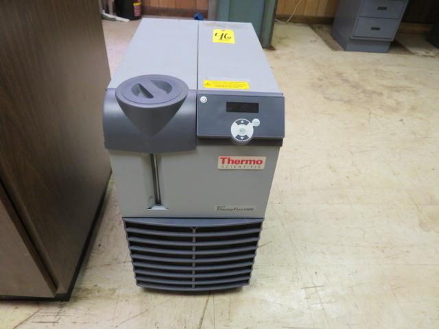 THERMO SCIENTIFIC THERMO FLEX T1400 RECIRCULATING CHILLER