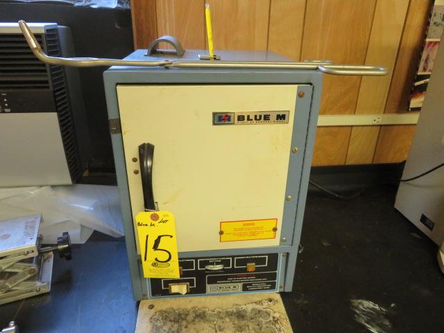 BLUE M SW-11TA-1 OVEN, 200 °C/ 392° F