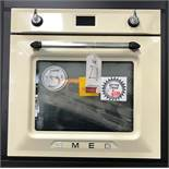 Ex Display Smeg Victoria SF6922PPZE 60cm Multifunction Built In Oven - Cream - RRP£539