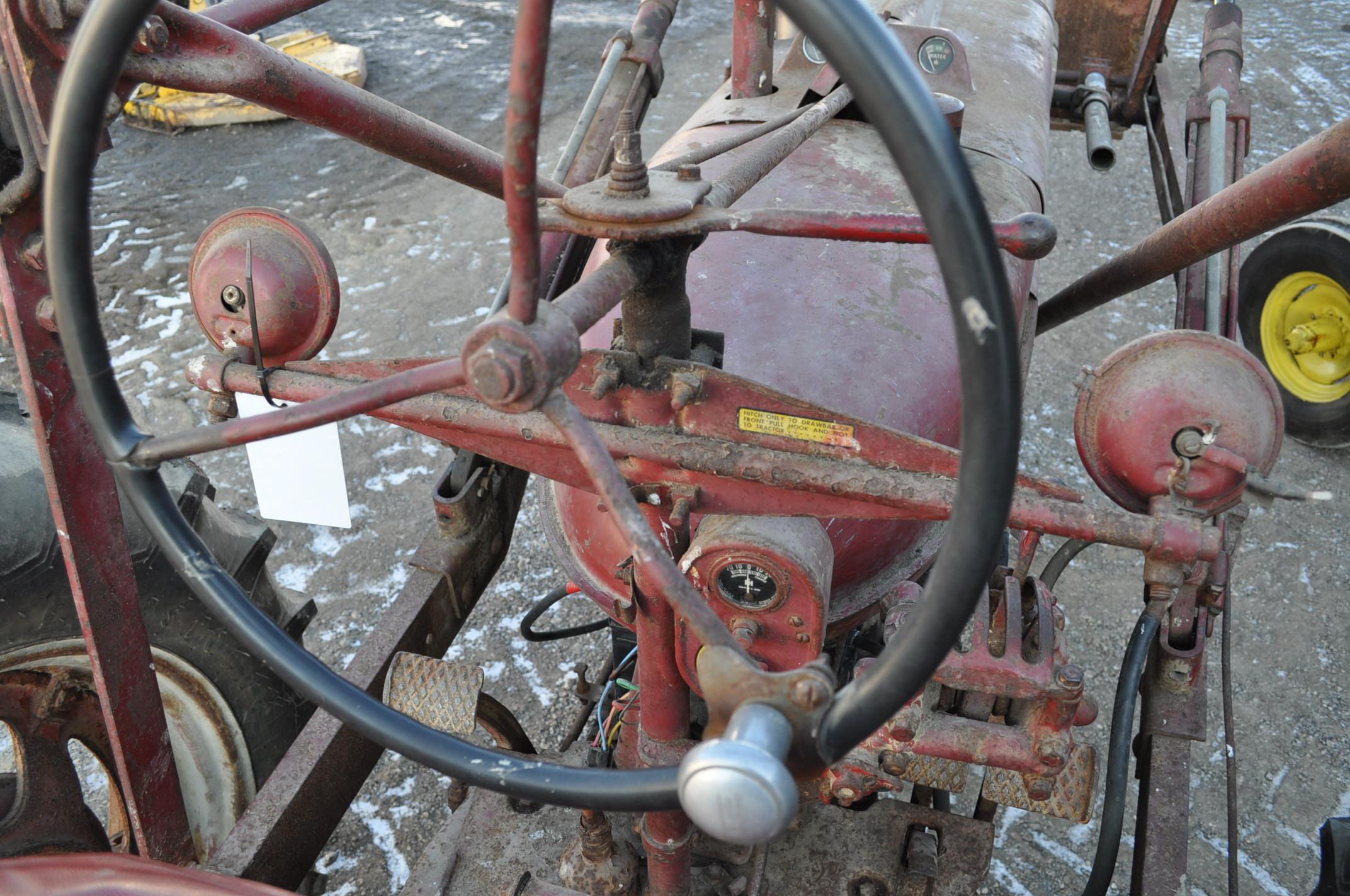 Farmall M tractor, 13.6-38 rear, narrow front, gasoline, loader, 540 PTO, SN FBK276 - Image 10 of 11