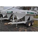 Wilmar Super 500 dry fertilizer spreaders, tandem axles, 12.5L-15 tires, twin spreaders, 540 pto