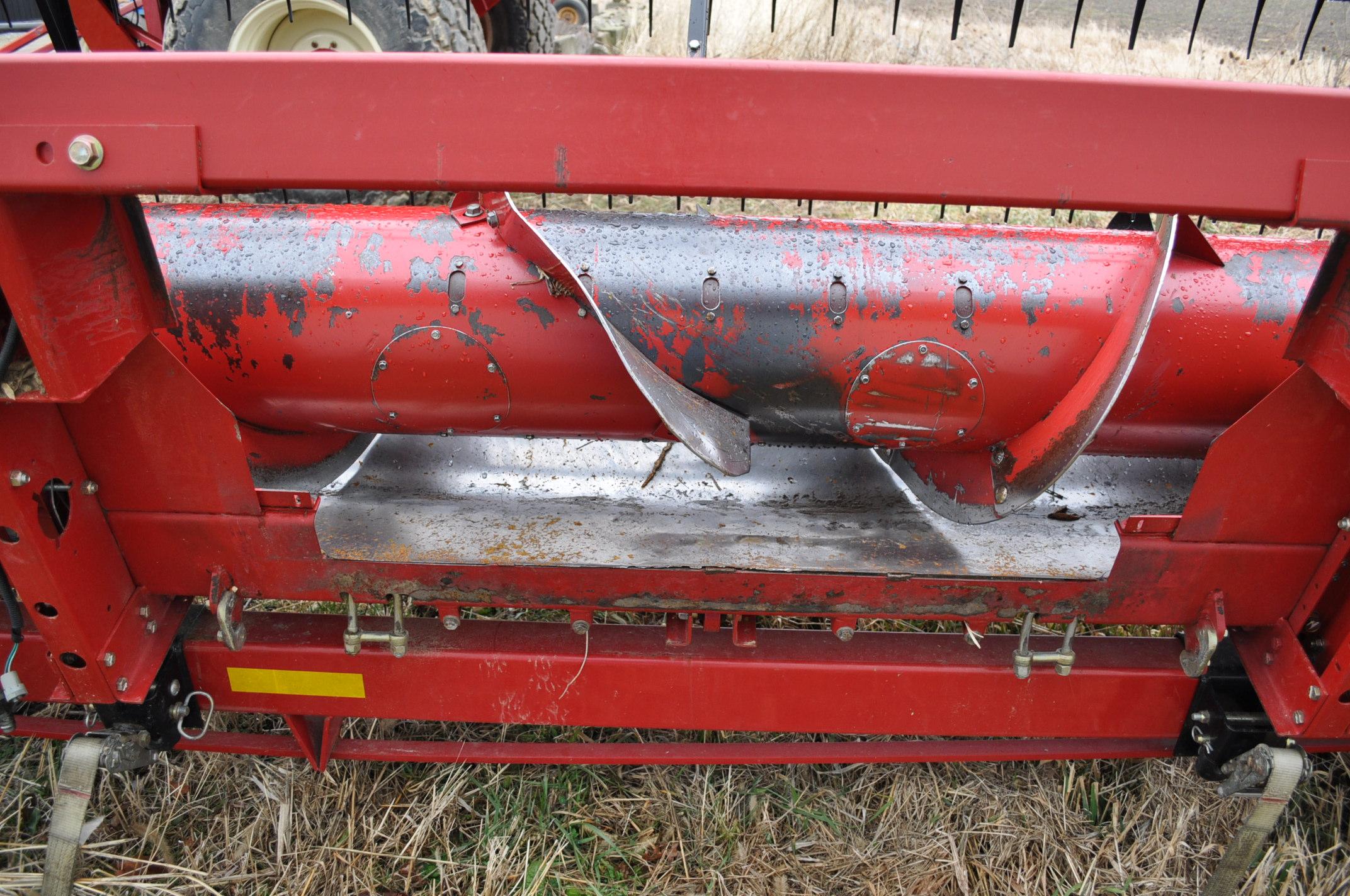 "30' Case IH 1020 grain head, row crop divider, hyd for/aft, 3"" knife, SN CBJ043681, spare floor, - Image 5 of 8"