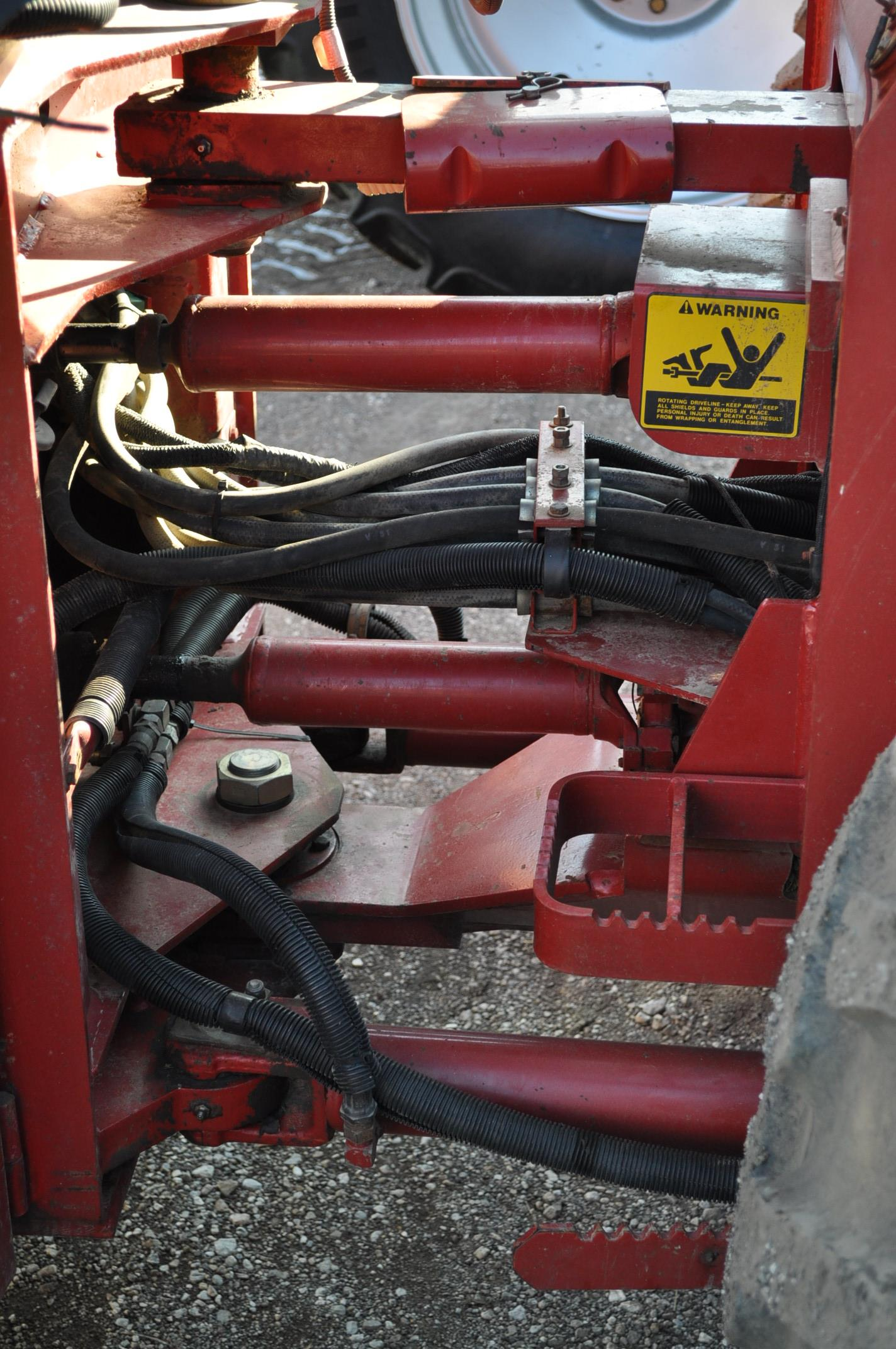 Case IH 9230 4WD tractor, 18.4-38 duals, power shift, skip shift, 4 hyd remotes, 3pt, quick hitch, - Image 10 of 23