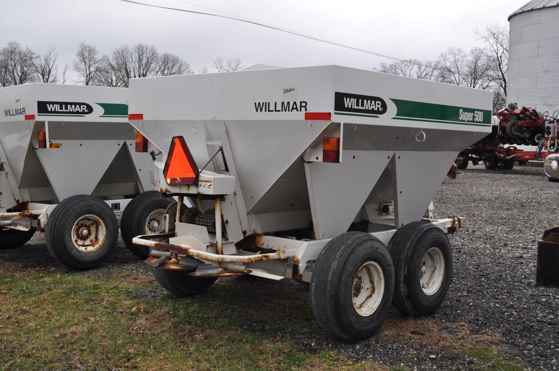 Wilmar Super 500 dry fertilizer spreaders, tandem axles, 12.5L-15 tires, twin spreaders, 540 pto - Image 3 of 12