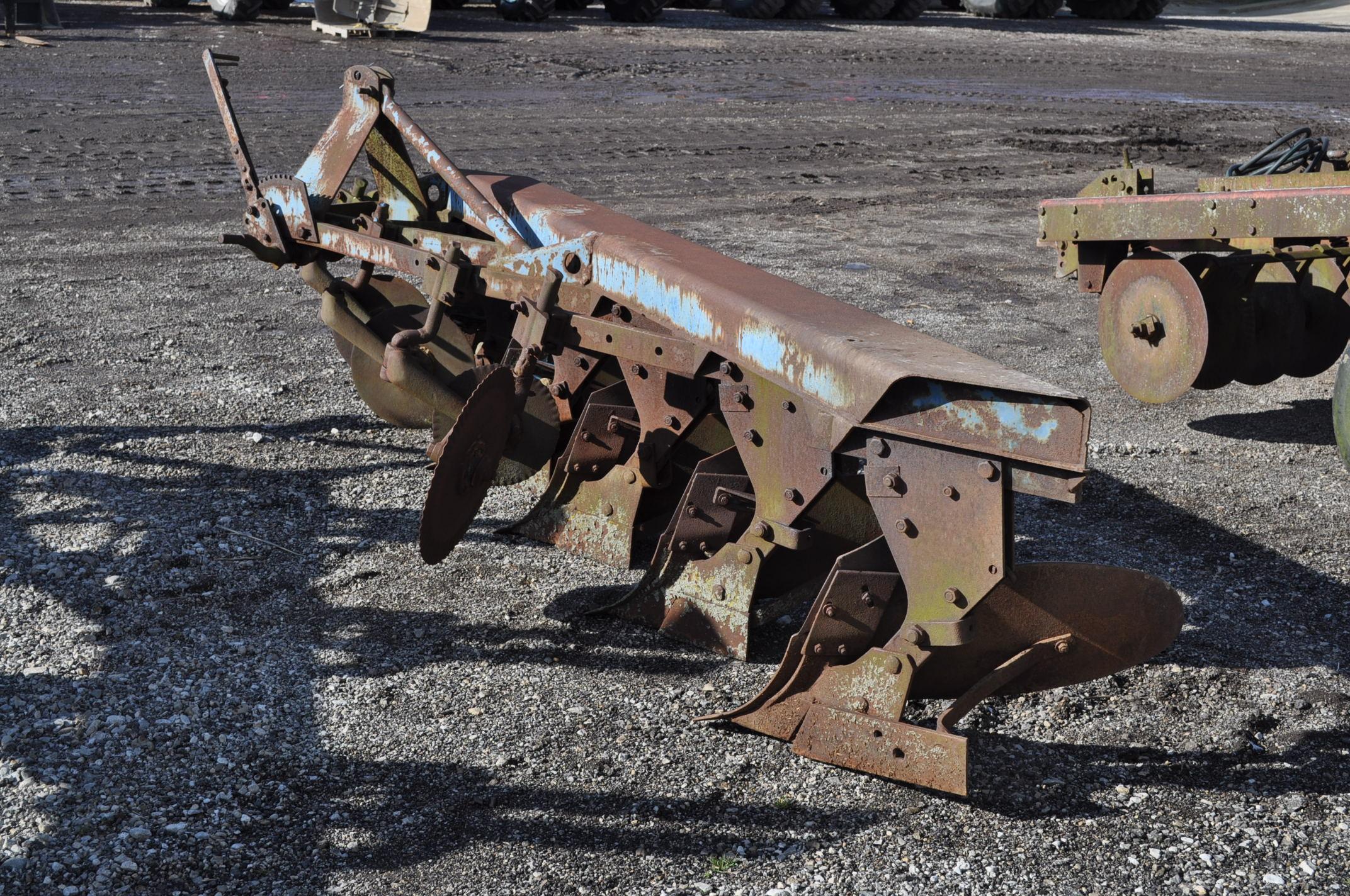 5 btm moldboard plow, 3pt - Image 2 of 10