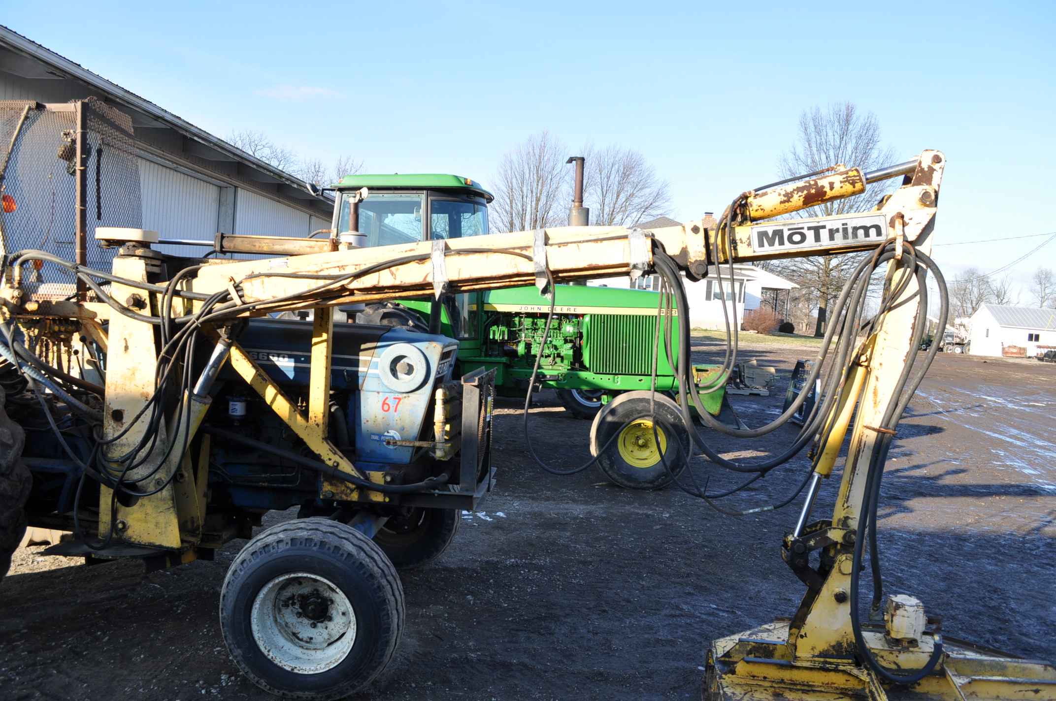 Ford 6600 tractor with MoTrim side arm mower, diesel, dual power, 540 PTO, hyd telescoping arm w/ - Image 11 of 18