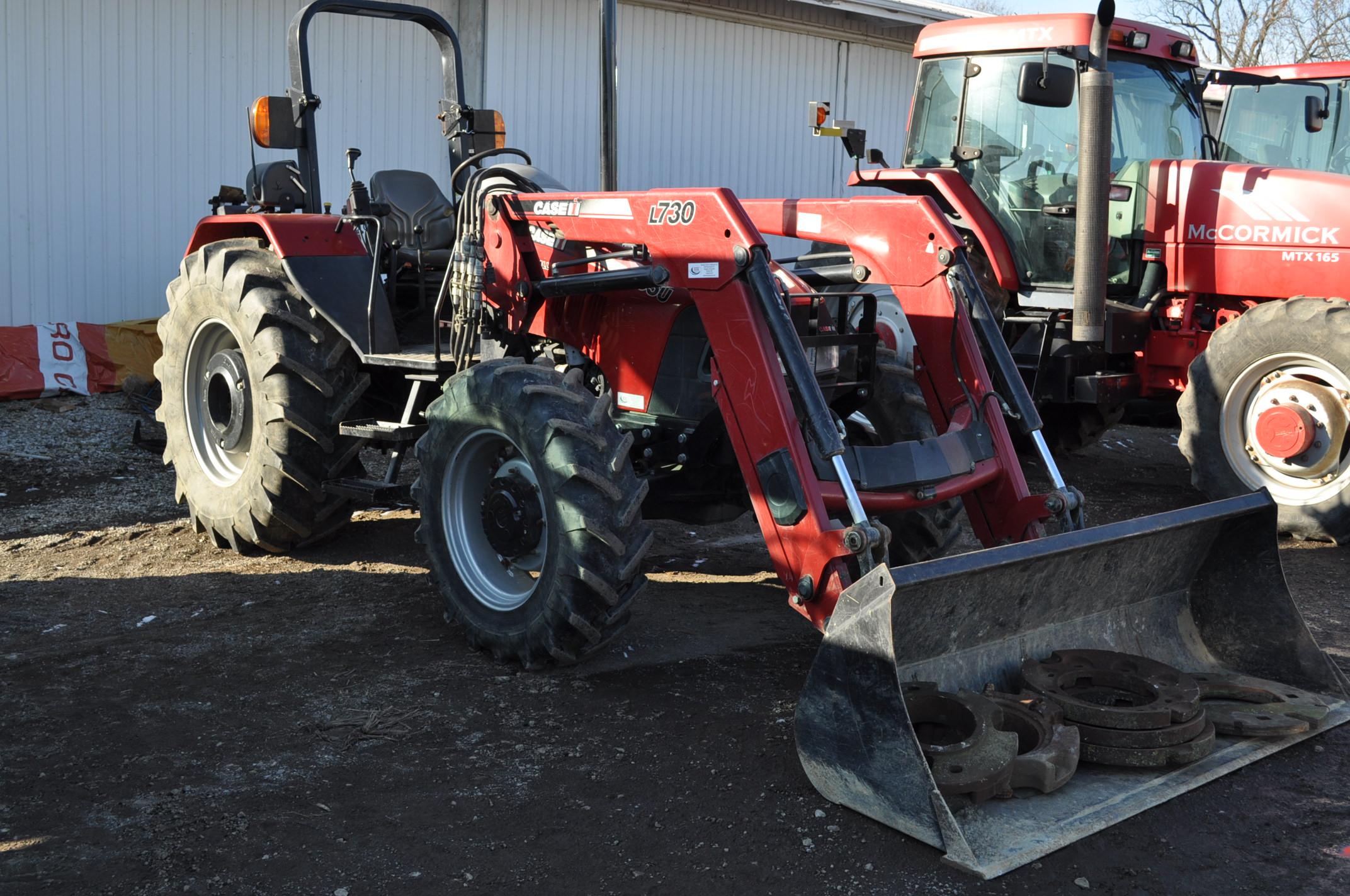 Case IH 85U Farmall MFWD tractor, 18.4R30 rear, 12.4R24 front, open station, mechanical shuttle
