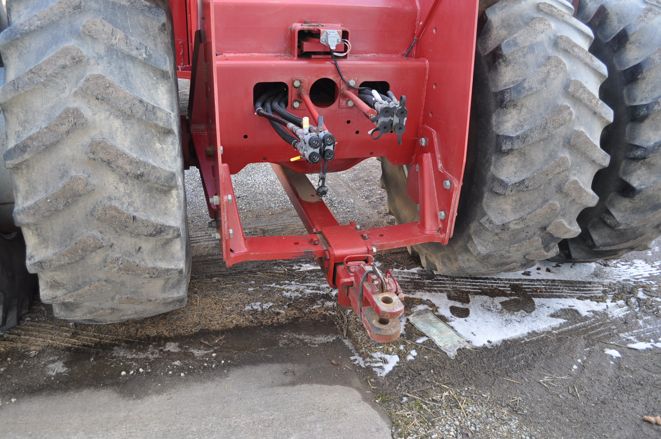 Case IH 9370 4WD tractor, 24.5R32 duals, power shift, skip shift, 4 hyd remotes, 4622 hrs, front - Image 16 of 23
