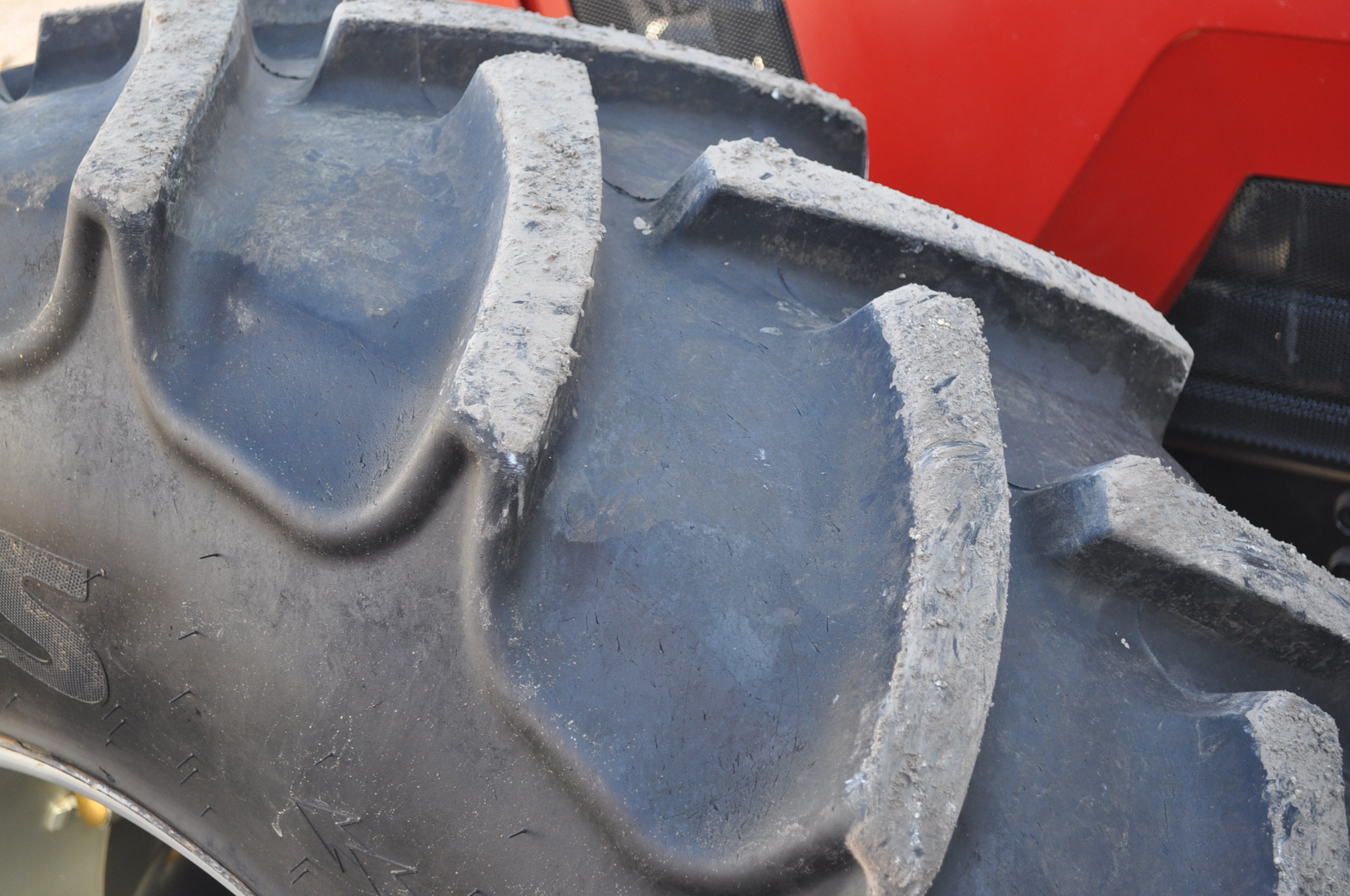 Case IH 7240 MFWD tractor, 460/85R46 rear duals, 420/85R30 front, 18 spd powershift, 4 reverse, - Image 7 of 20