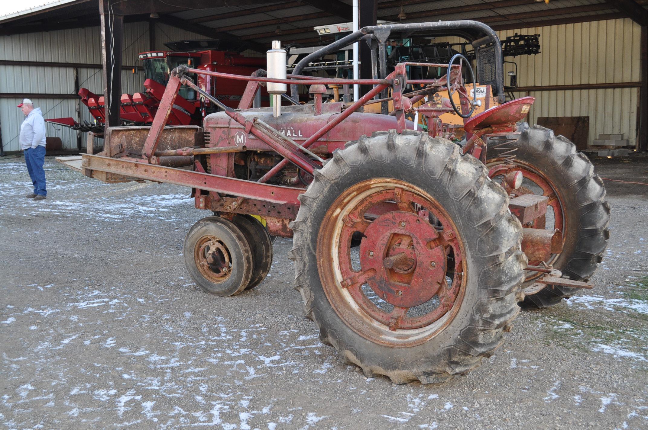Farmall M tractor, 13.6-38 rear, narrow front, gasoline, loader, 540 PTO, SN FBK276 - Image 2 of 11