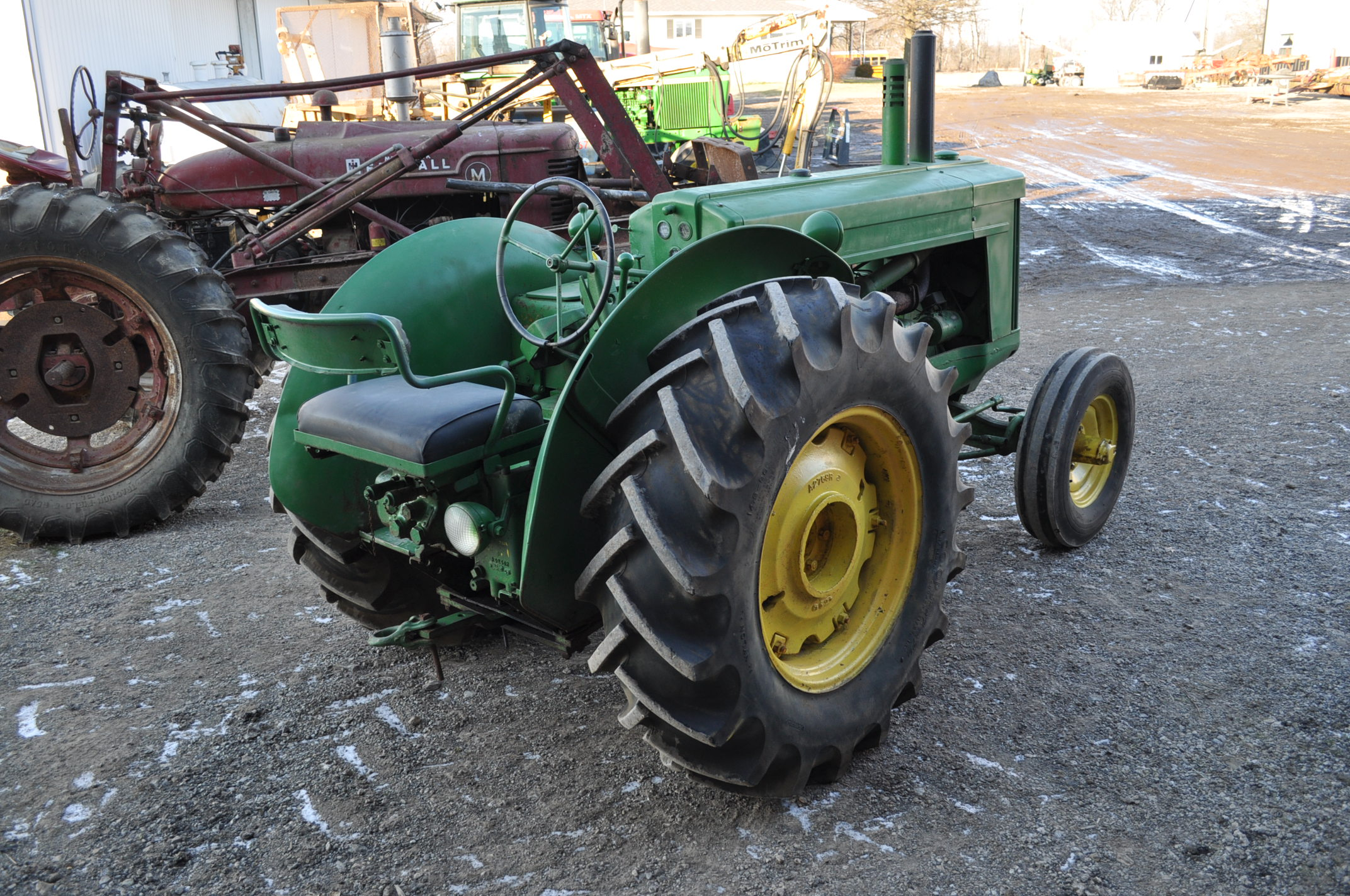 John Deere AR tractor, styled, 14.9-26 rear, 6.50-16 front, wide front, fenders, gasoline, single - Image 3 of 12