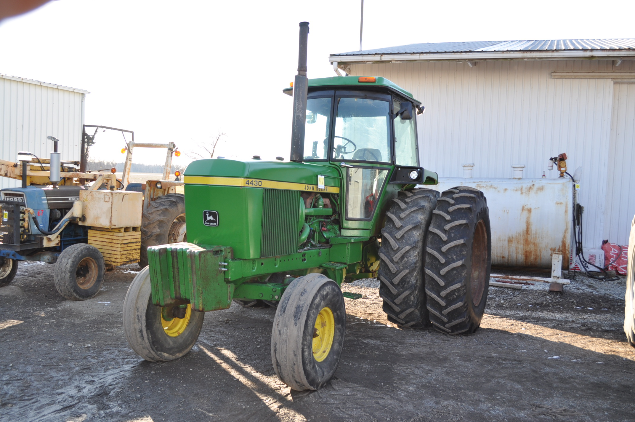 John Deere 4430 tractor, C/H/A, 18.4-38 duals, 11.00-16 front, front weights, Quad range, 2 hyd, 3 - Image 2 of 18