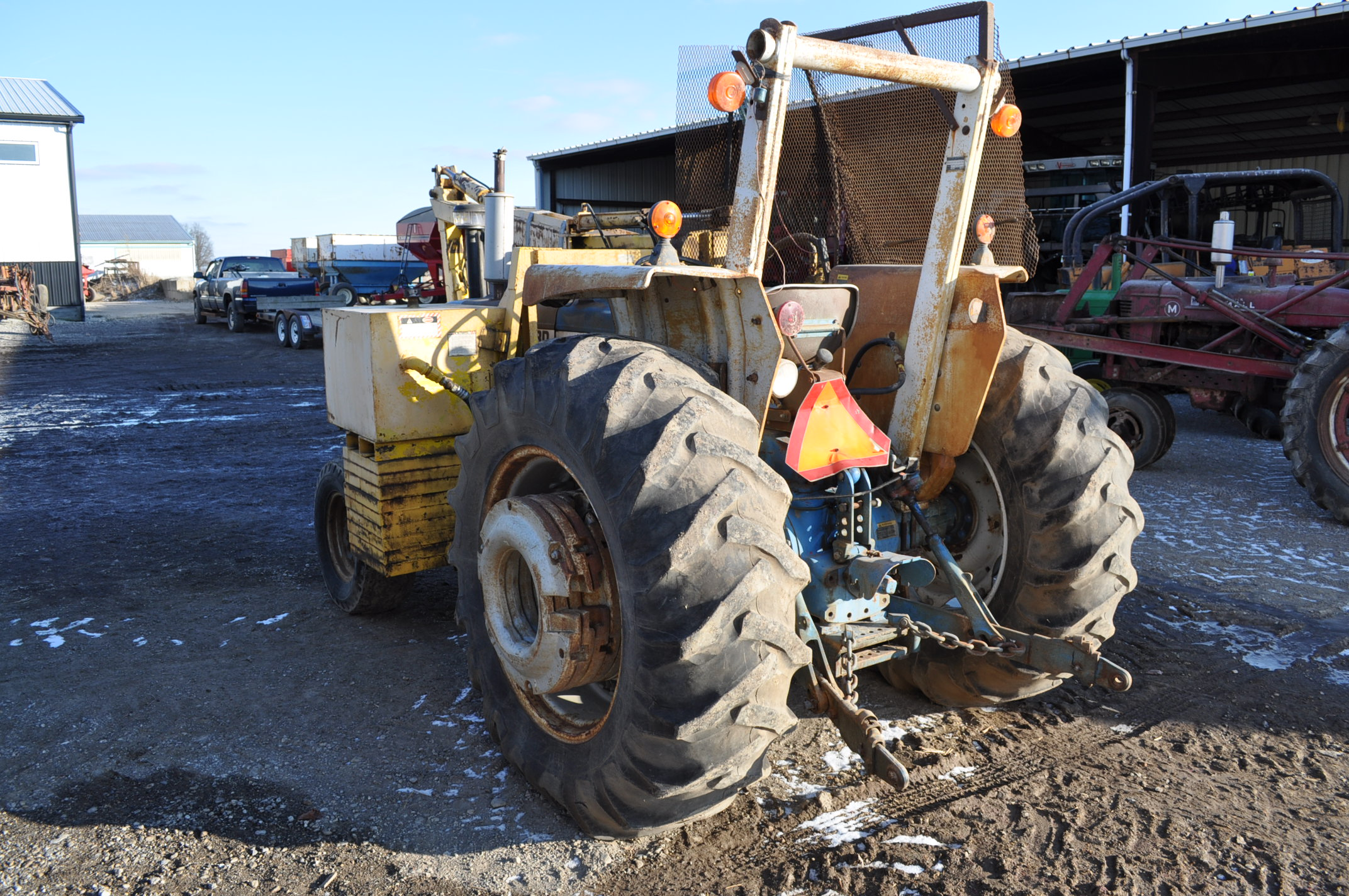 Ford 6600 tractor with MoTrim side arm mower, diesel, dual power, 540 PTO, hyd telescoping arm w/ - Image 3 of 18