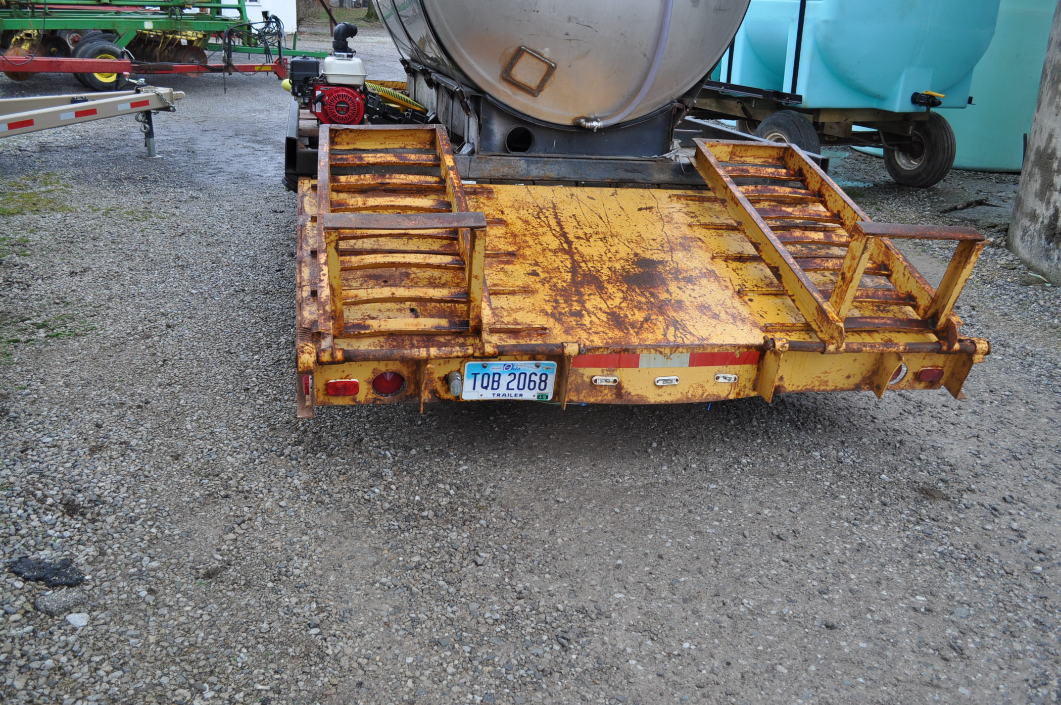 16'+5' homemade equipment trailer, 8' wide, tri axle, ramps, electric brakes, 8-14.5 tires, pintle - Image 2 of 6