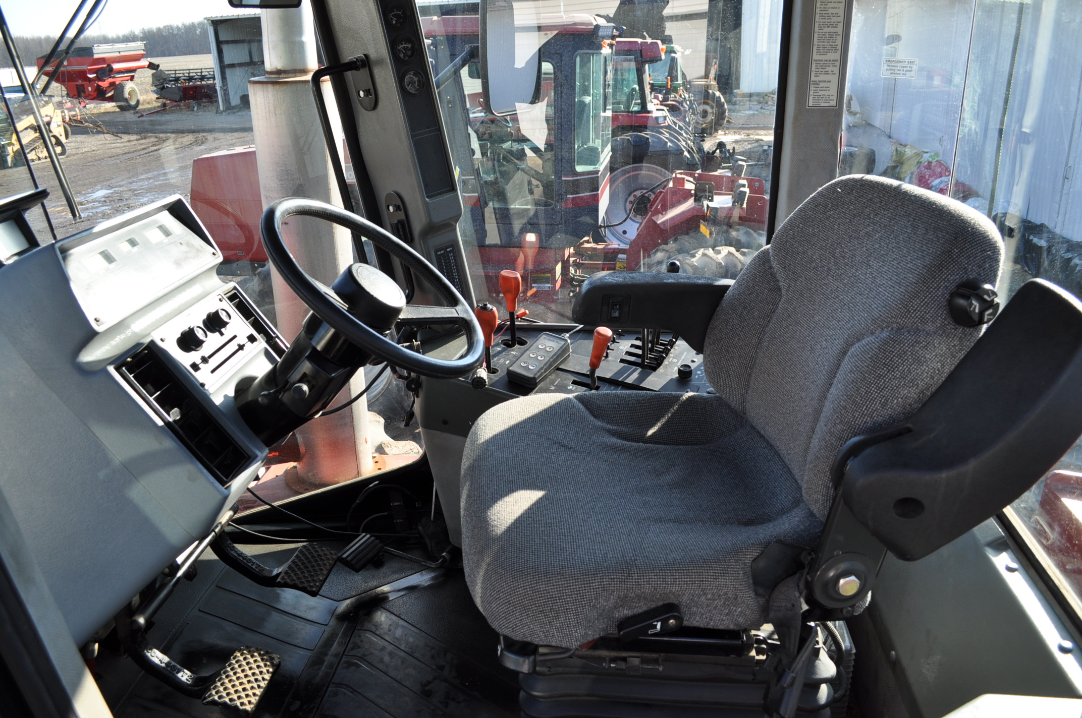Case IH 9370 4WD tractor, 24.5R32 duals, power shift, skip shift, 4 hyd remotes, 4622 hrs, front - Image 17 of 23