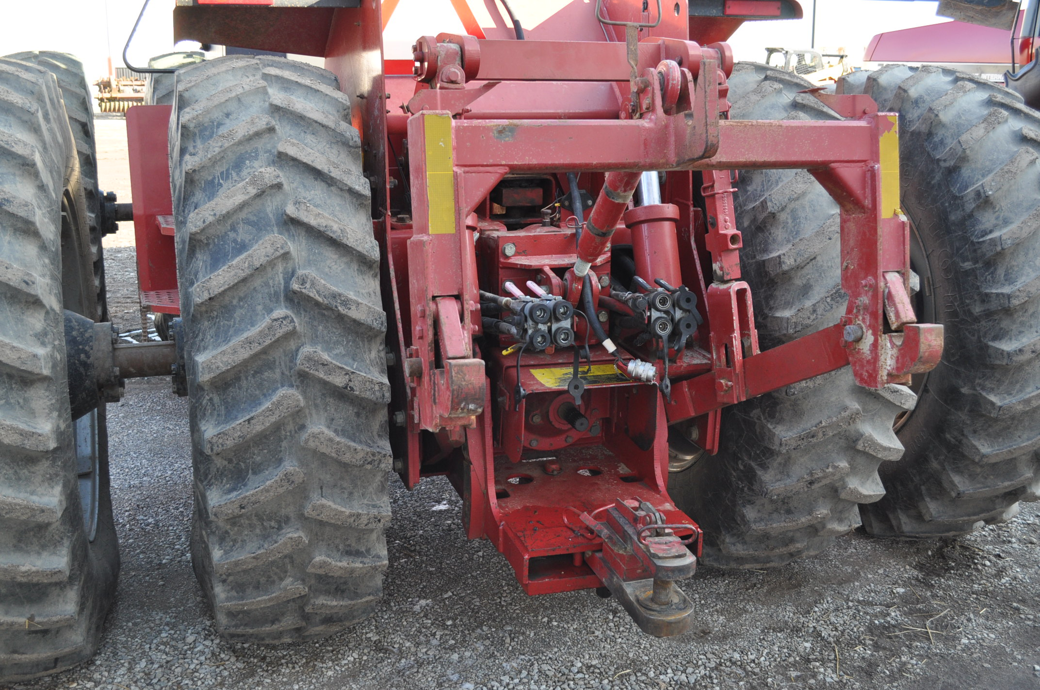Case IH 9230 4WD tractor, 18.4-38 duals, power shift, skip shift, 4 hyd remotes, 3pt, quick hitch, - Image 11 of 23
