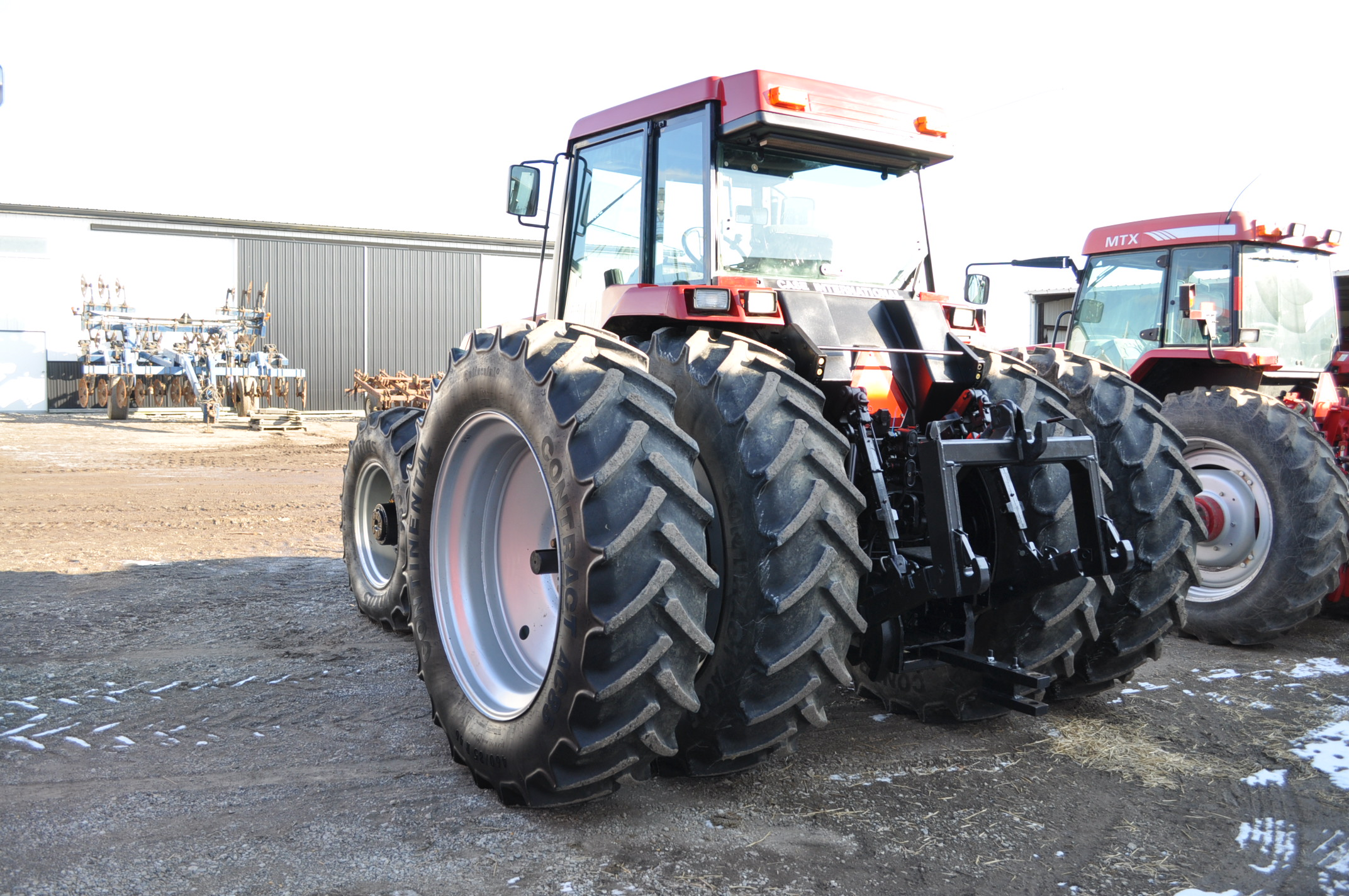Case IH 7240 MFWD tractor, 460/85R46 rear duals, 420/85R30 front, 18 spd powershift, 4 reverse, - Image 3 of 20
