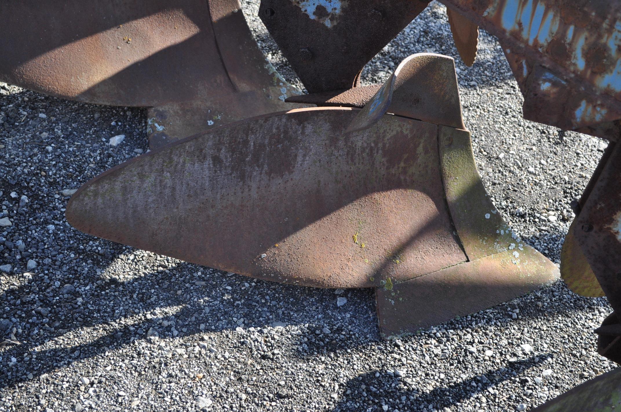 5 btm moldboard plow, 3pt - Image 7 of 10