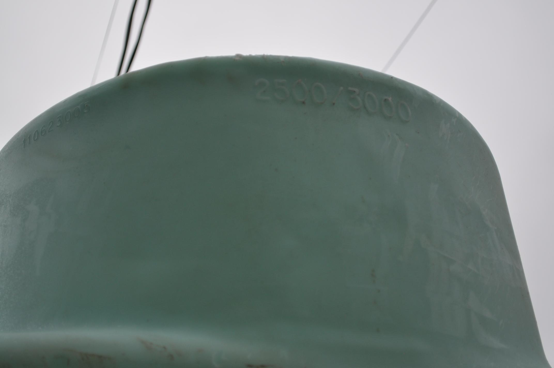 3000 gal poly flat bottom tank, always in barn - Image 4 of 4