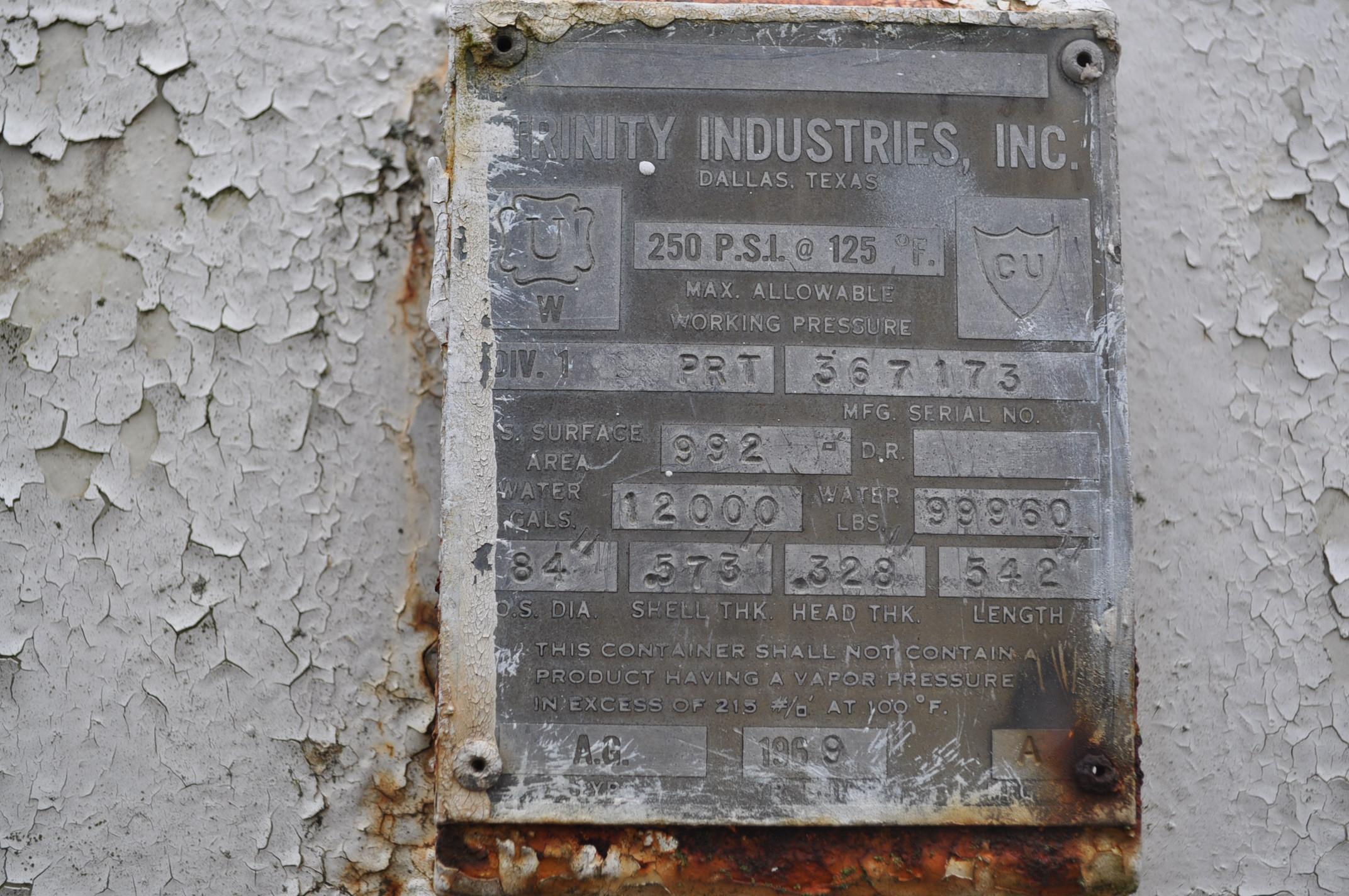 "1969 12,000 gal Trinity tank, .573 shell, .328 head, 84"" dia, 542"" long, SN 367173, last used for - Image 6 of 10"