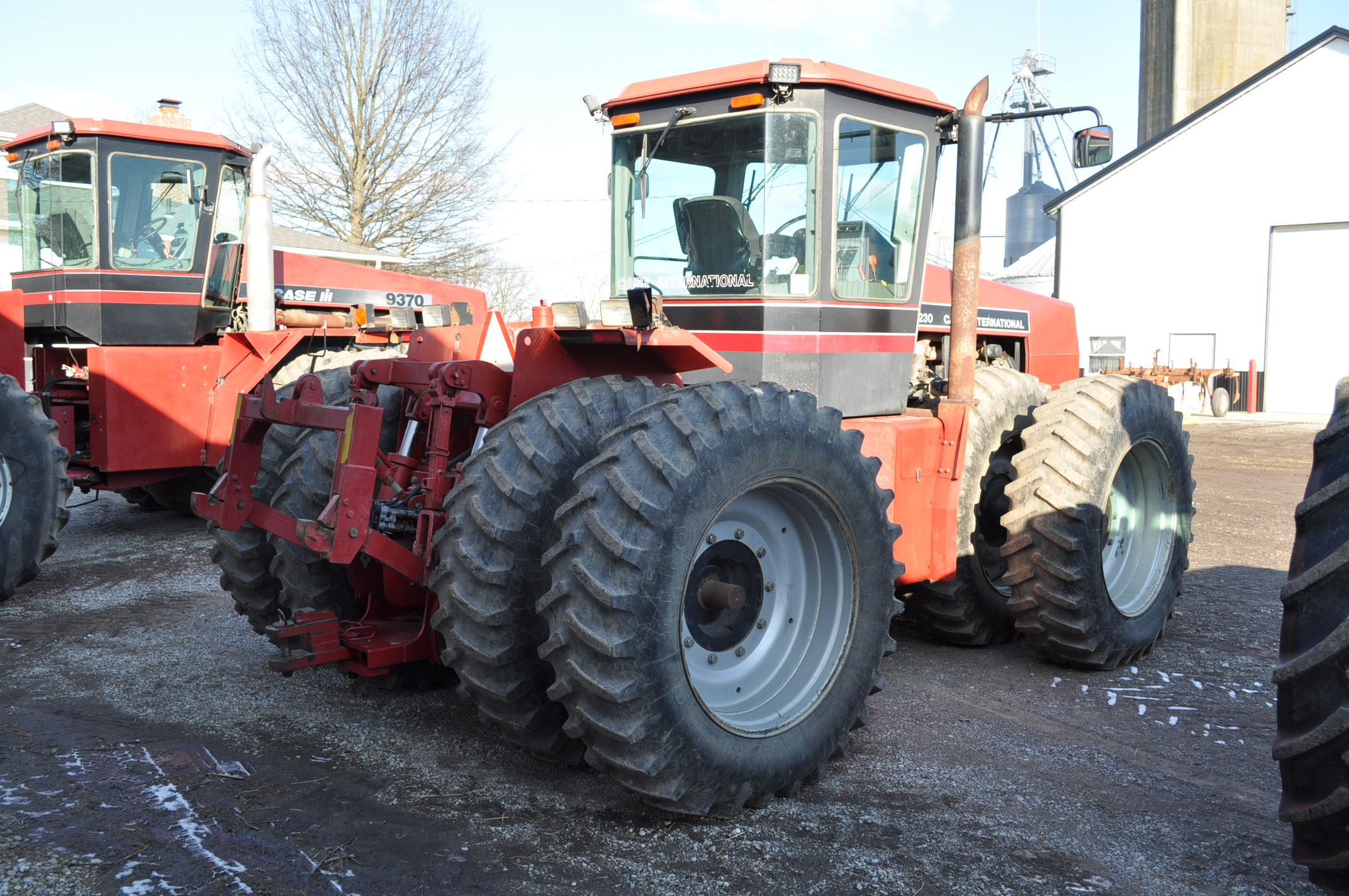 Case IH 9230 4WD tractor, 18.4-38 duals, power shift, skip shift, 4 hyd remotes, 3pt, quick hitch, - Image 4 of 23