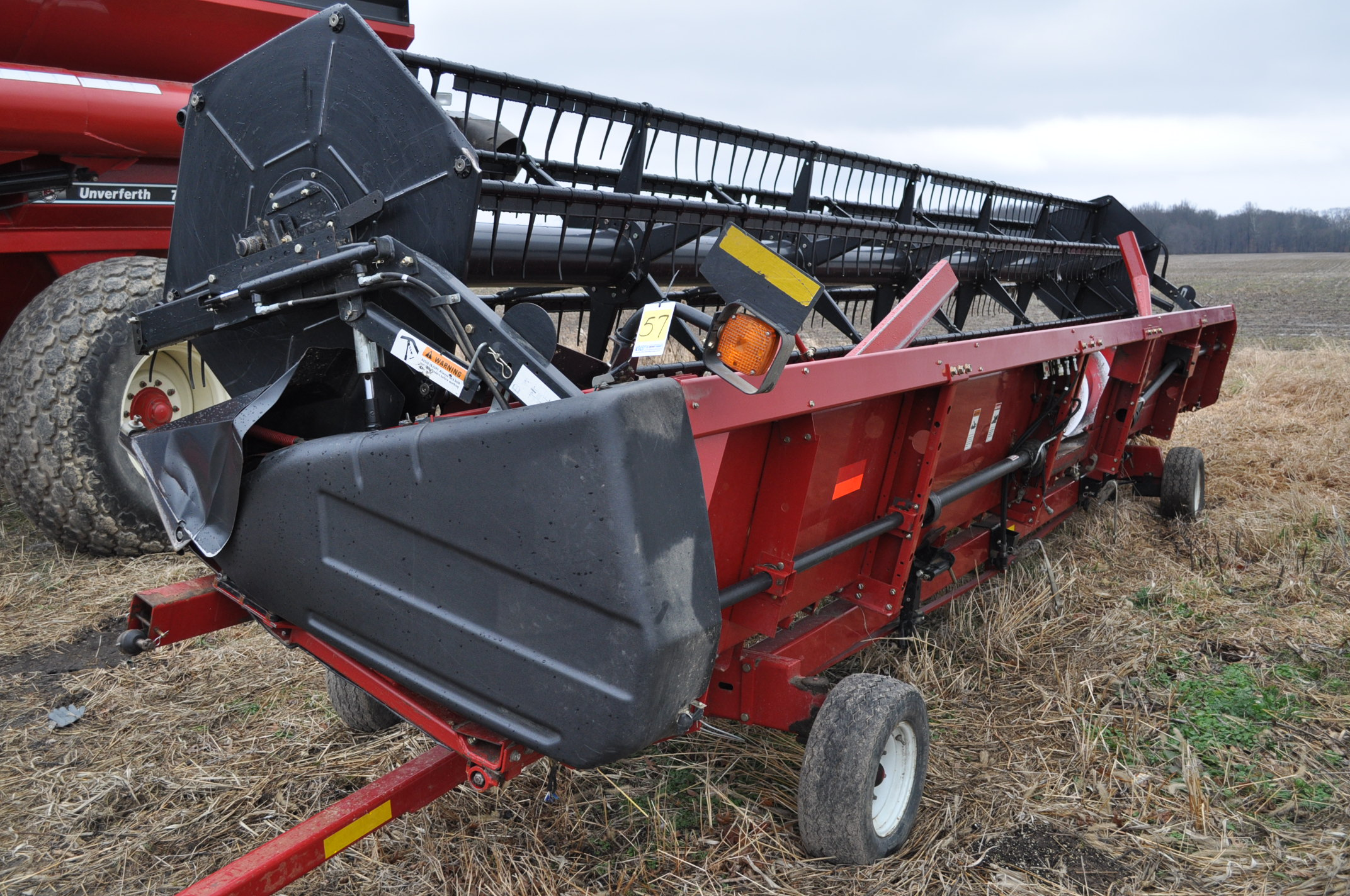 "30' Case IH 1020 grain head, row crop divider, hyd for/aft, 3"" knife, SN CBJ043681, spare floor,"