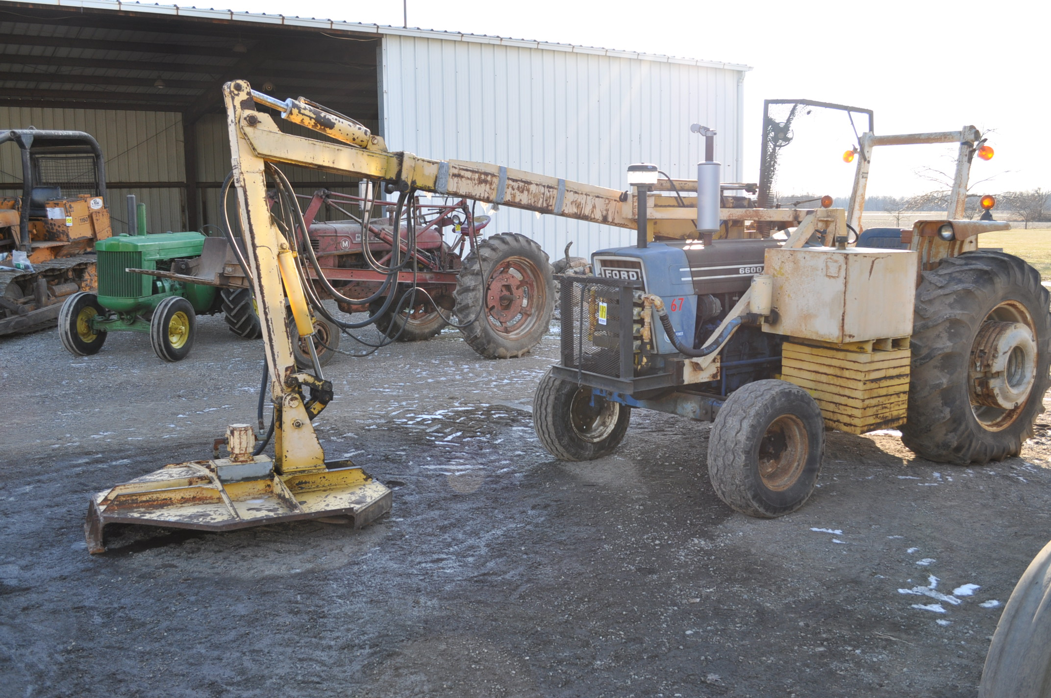 Ford 6600 tractor with MoTrim side arm mower, diesel, dual power, 540 PTO, hyd telescoping arm w/
