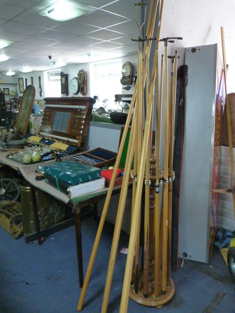 Lot 260 - Turned Wood Snooker Cue Stand with Sixteen Cues In